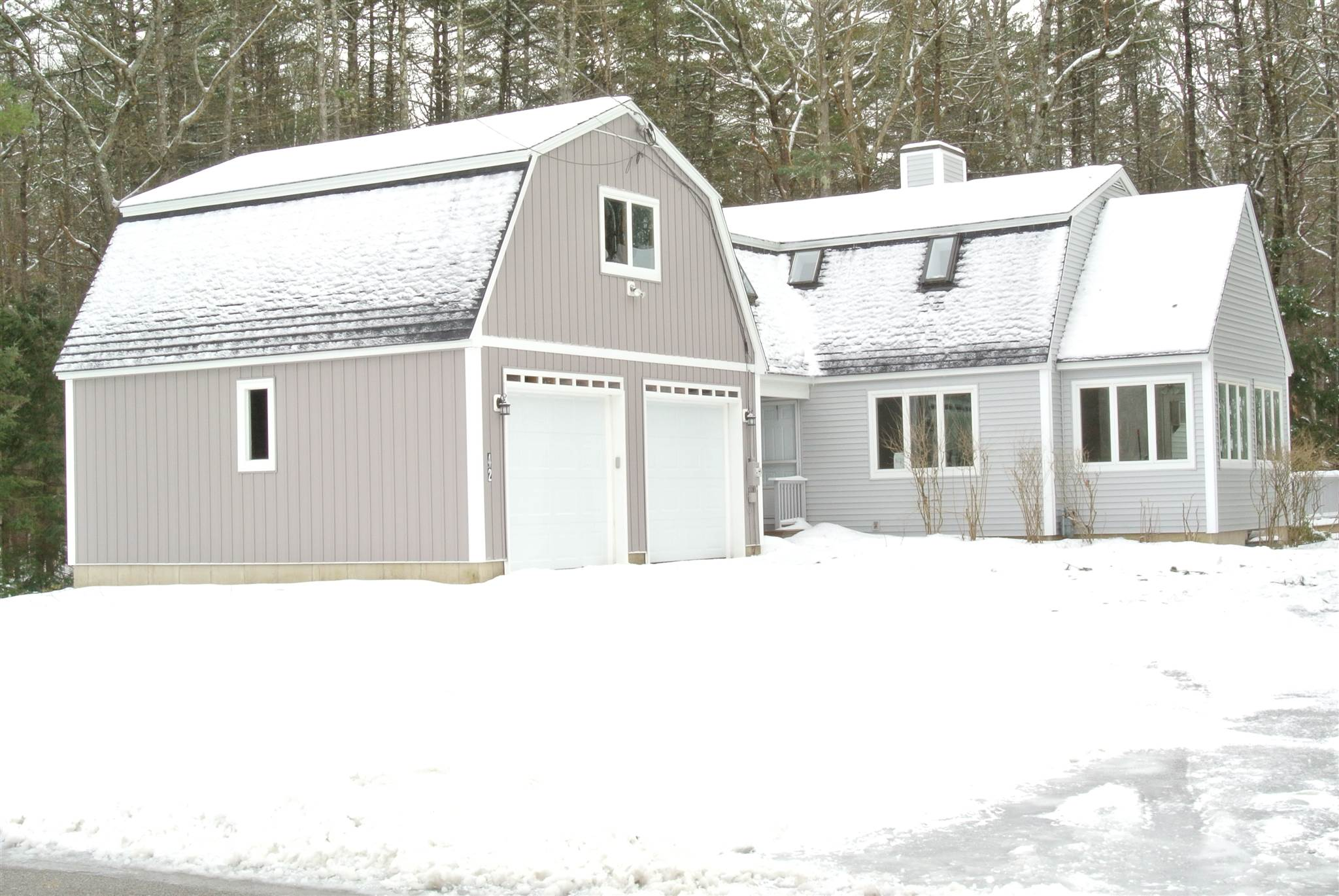 Photo of 42 North Curtisville Road Concord NH 03301