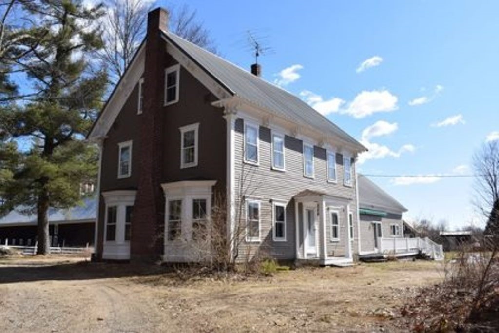 SANDWICH NH  Home for sale $999,000