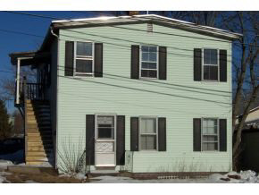 MLS 4793886: 4 Central Street-Unit 2nd Floor, Derry NH