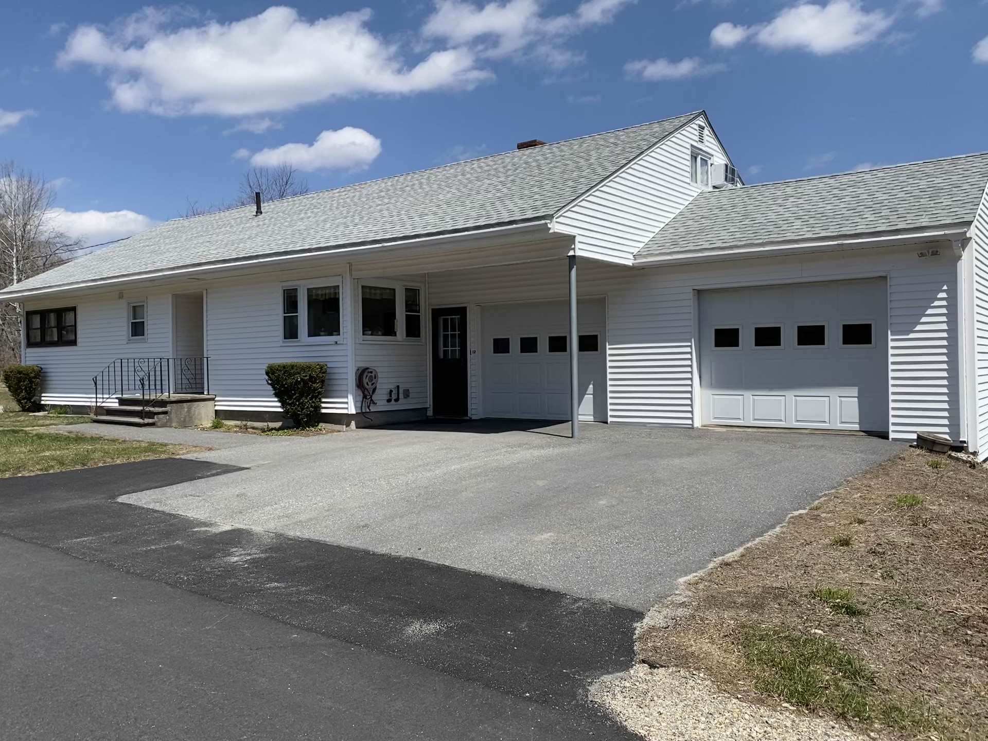 Newport NH 03773 Home for sale $List Price is $189,000