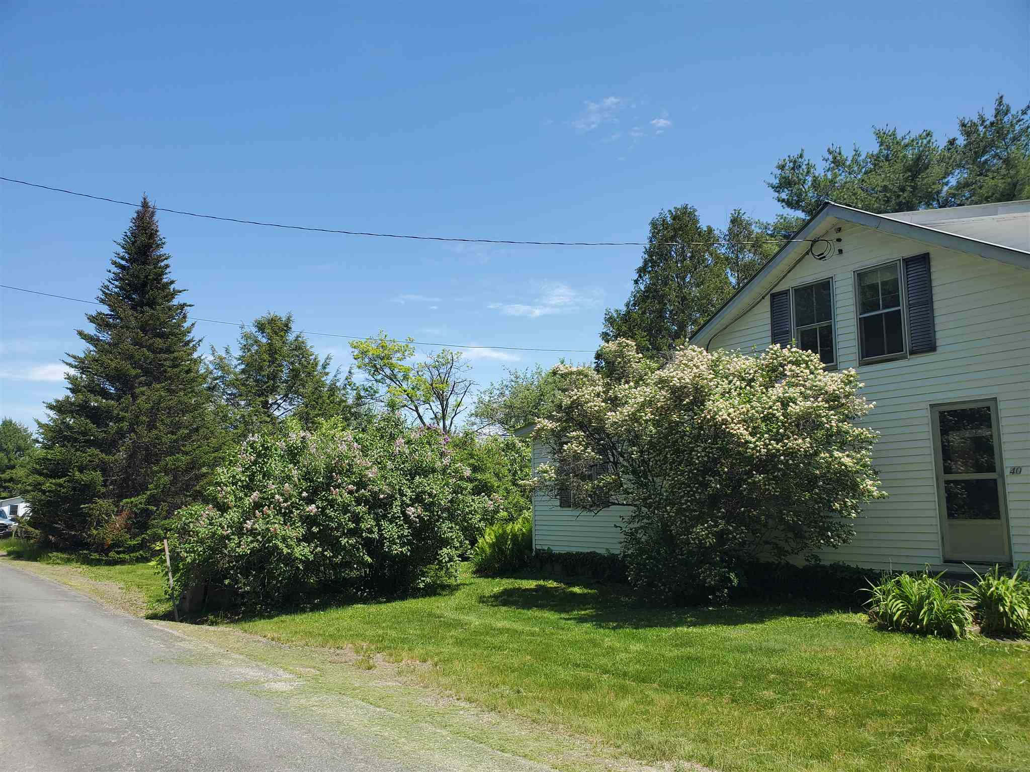 VILLAGE OF NORTH SPRINGFIELD IN TOWN OF SPRINGFIELD VT Home for sale $$124,900 | $79 per sq.ft.