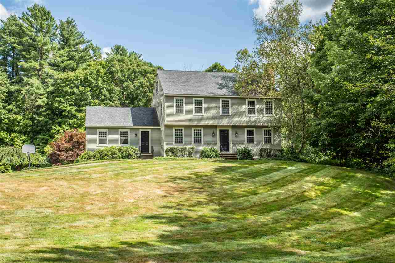 MLS 4794559: 96 Christian Hill Road, Amherst NH