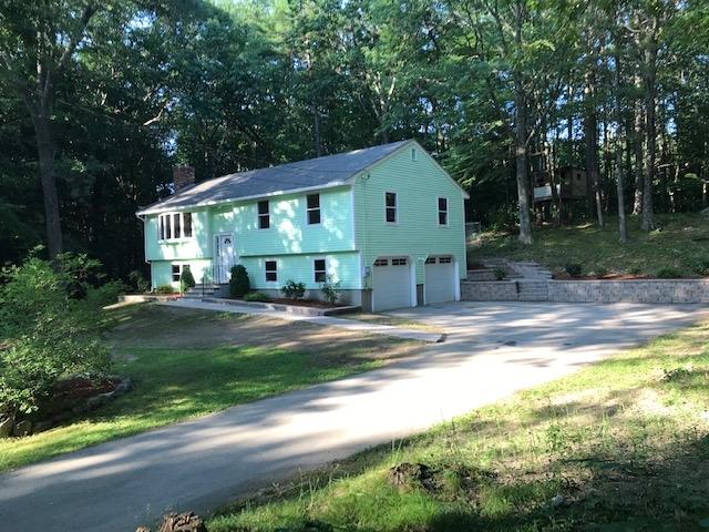 Photo of 5 Oak Ridge Road Sandown NH 03873