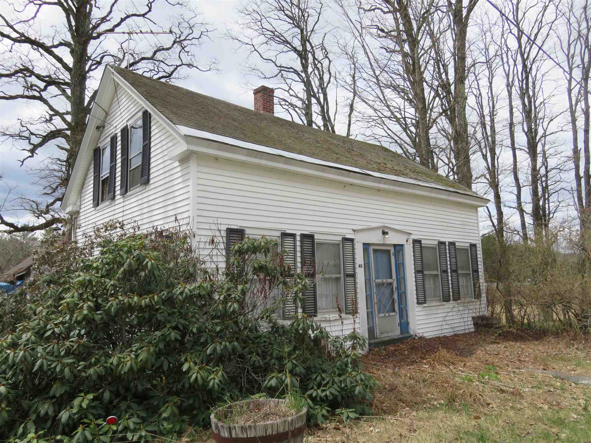 GRAFTON NH Home for sale $$67,500 | $54 per sq.ft.