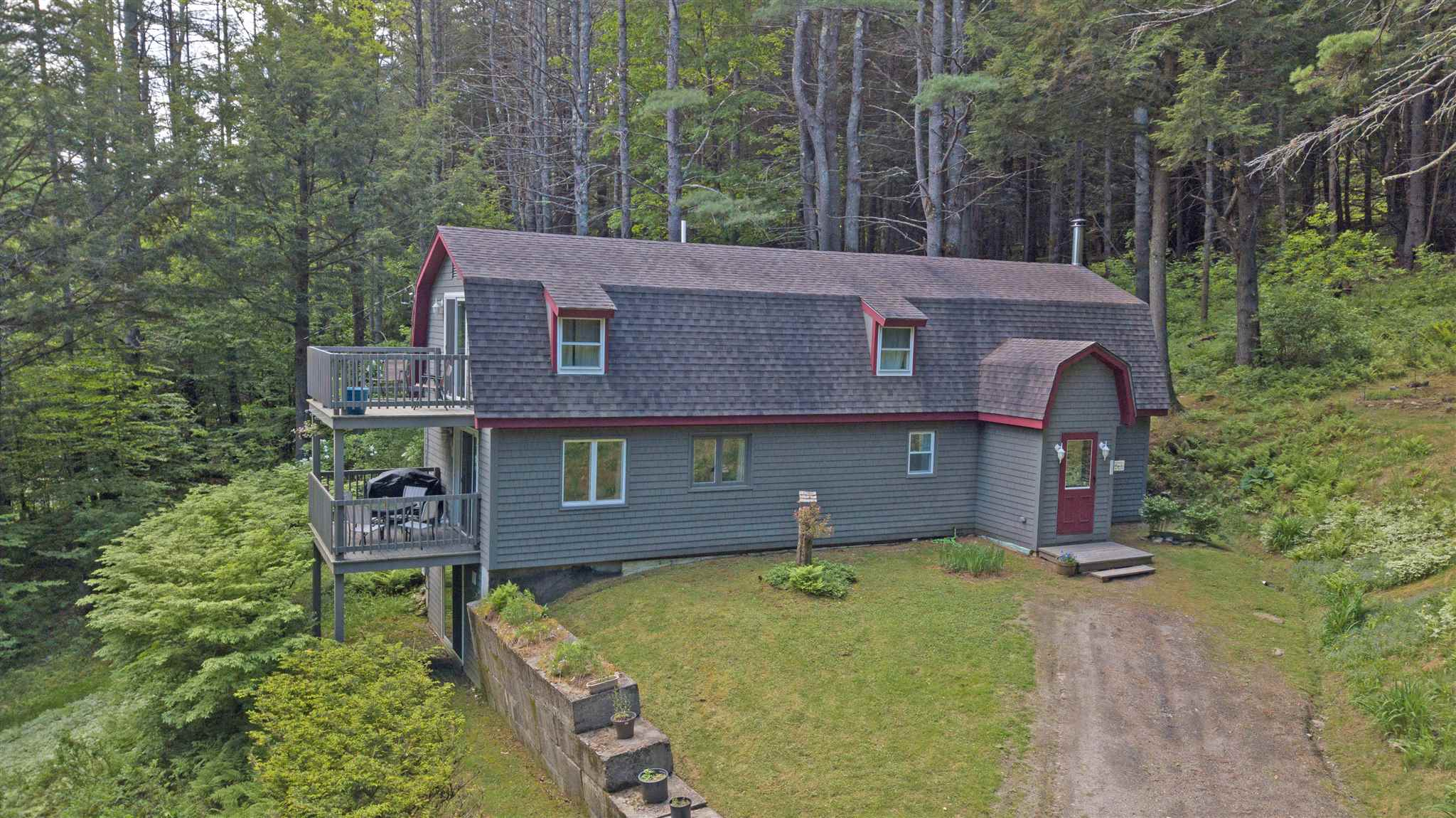 VILLAGE OF QUECHEE IN TOWN OF HARTFORD VT Home for sale $$189,000 | $88 per sq.ft.