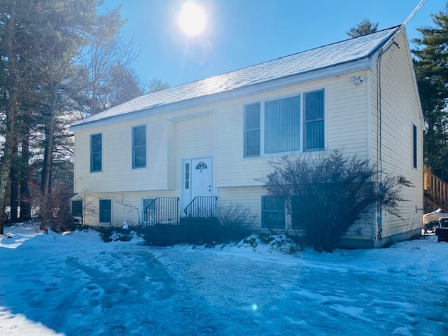 Photo of 73 Depot Road Epping NH 03042