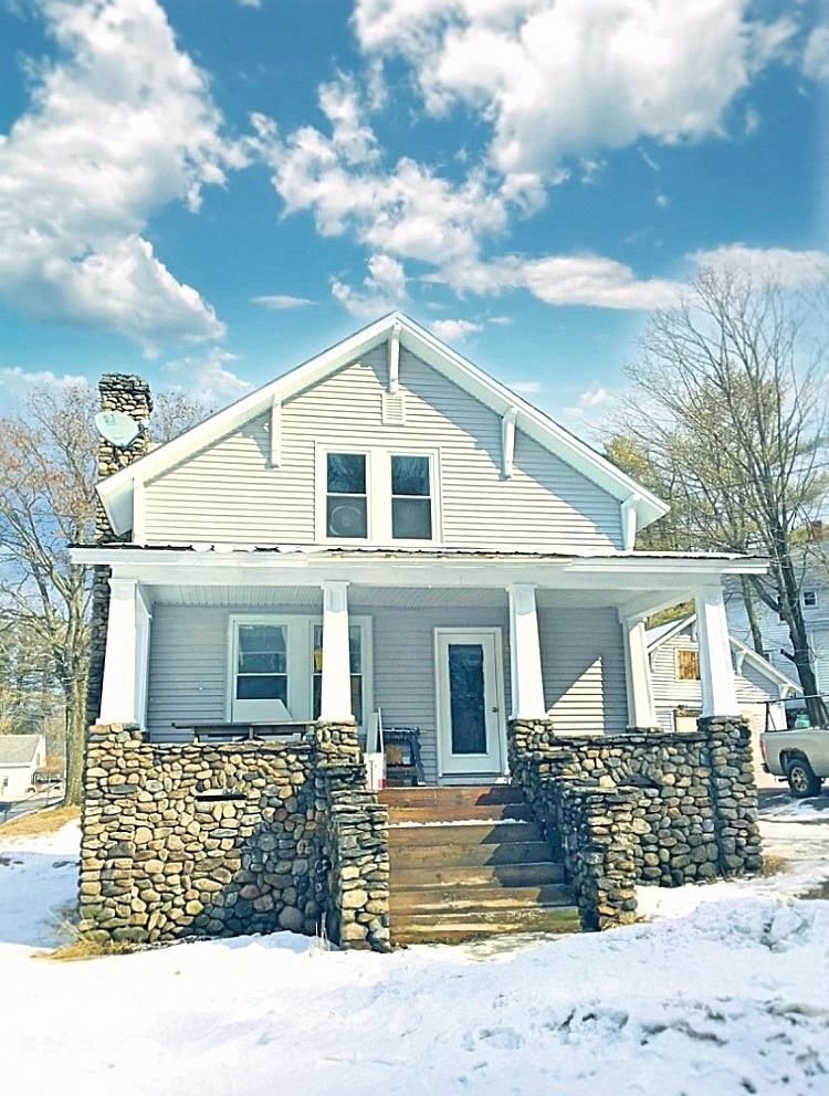 Newport NH 03754Home for sale $List Price is $159,900
