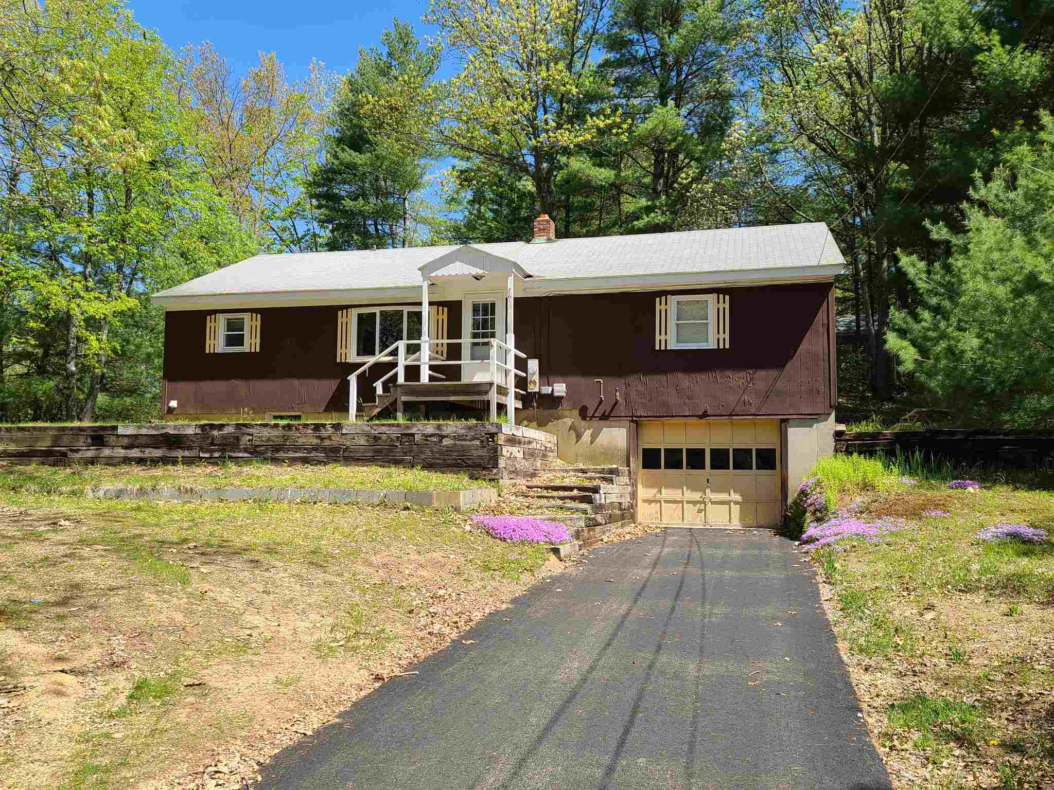 TILTON NH  Home for sale $249,000