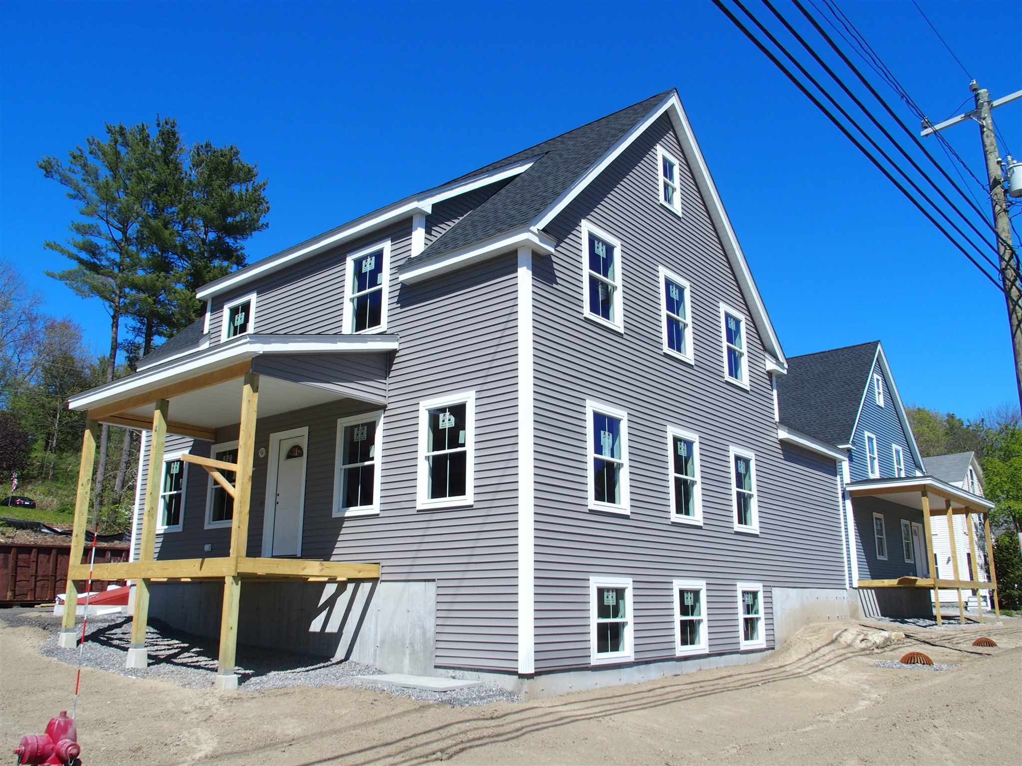 MLS 4796801: 26 Prospect Street, Peterborough NH