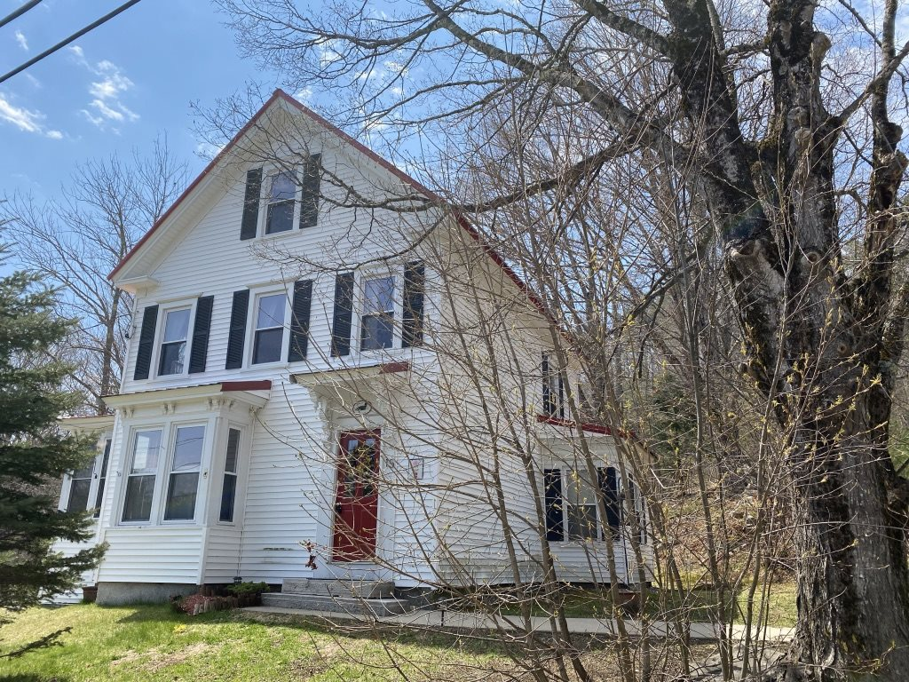 FREEDOM NH Home for sale $219,900