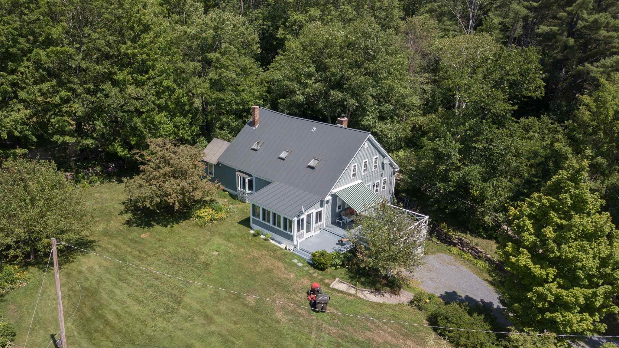 LYME NH Home for sale $$550,000 | $216 per sq.ft.