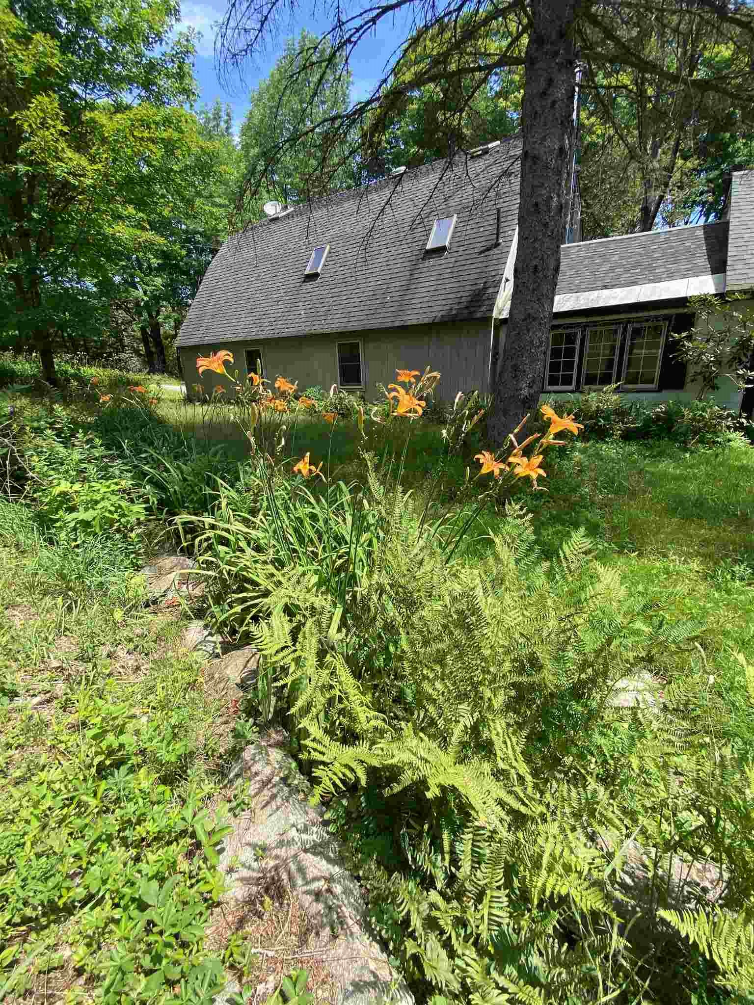 Acworth NH 03601Home for sale $List Price is $230,500