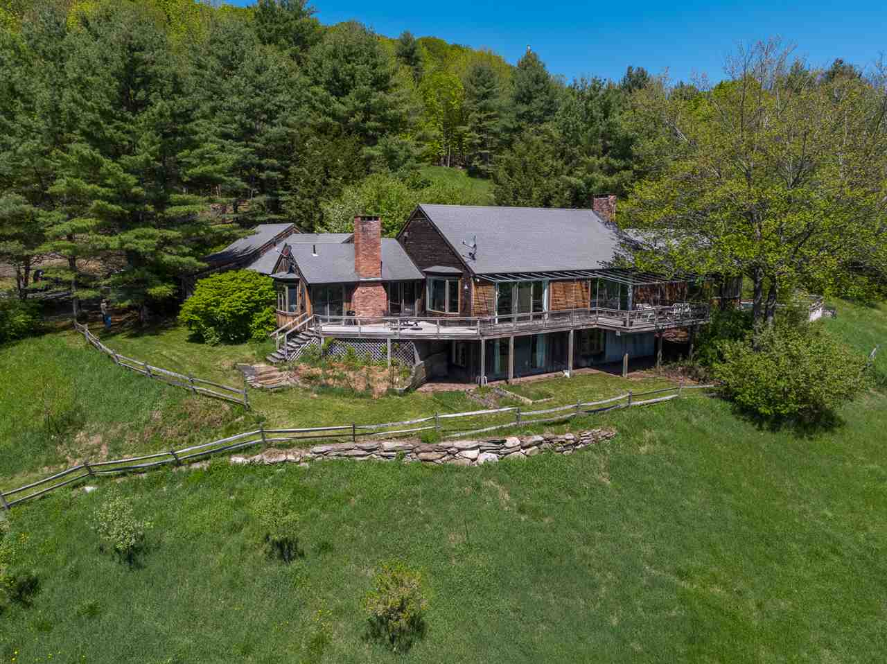 THETFORD VT Home for sale $$569,000 | $137 per sq.ft.