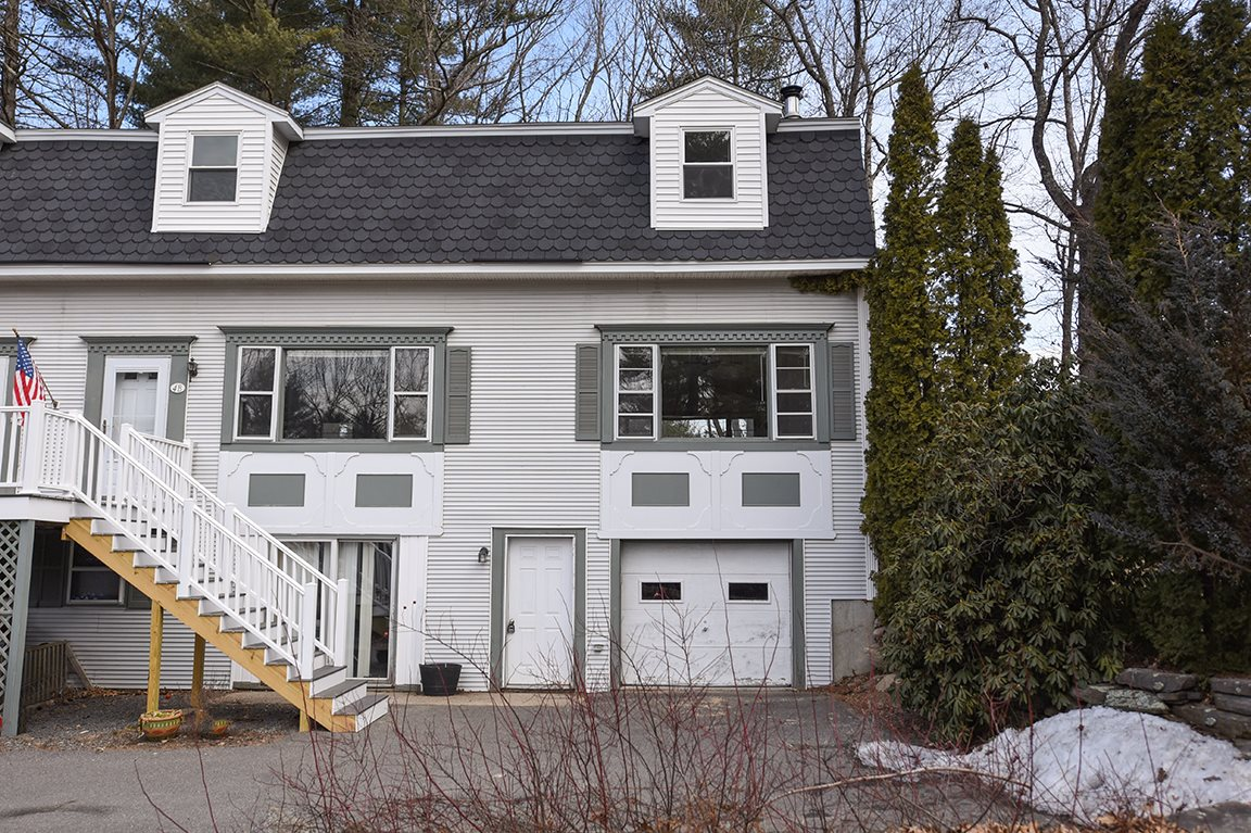 Photo of 4 Sunset Drive Londonderry NH 03053
