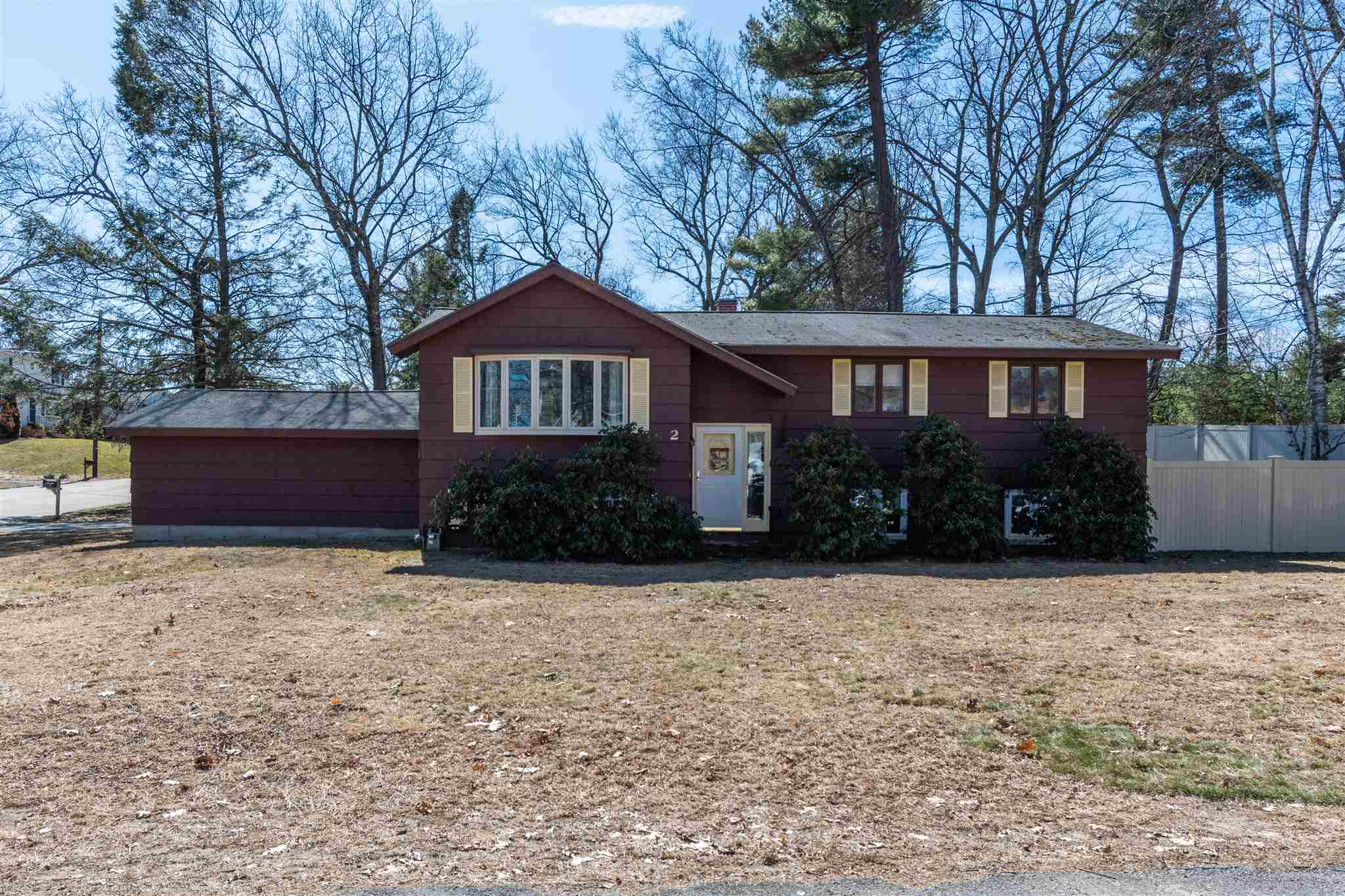 Photo of 2 Aldgate Drive Nashua NH 03062