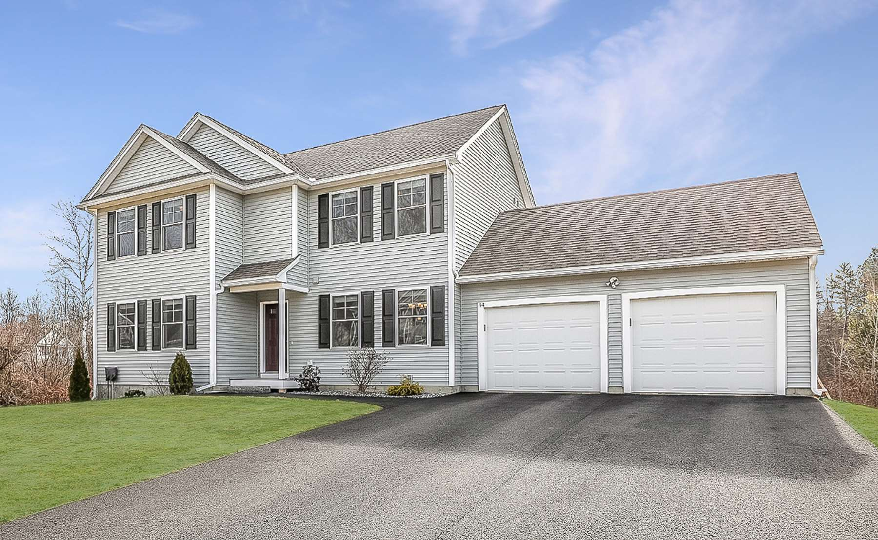 MLS 4798556: 44 West Meadow Court, Milford NH