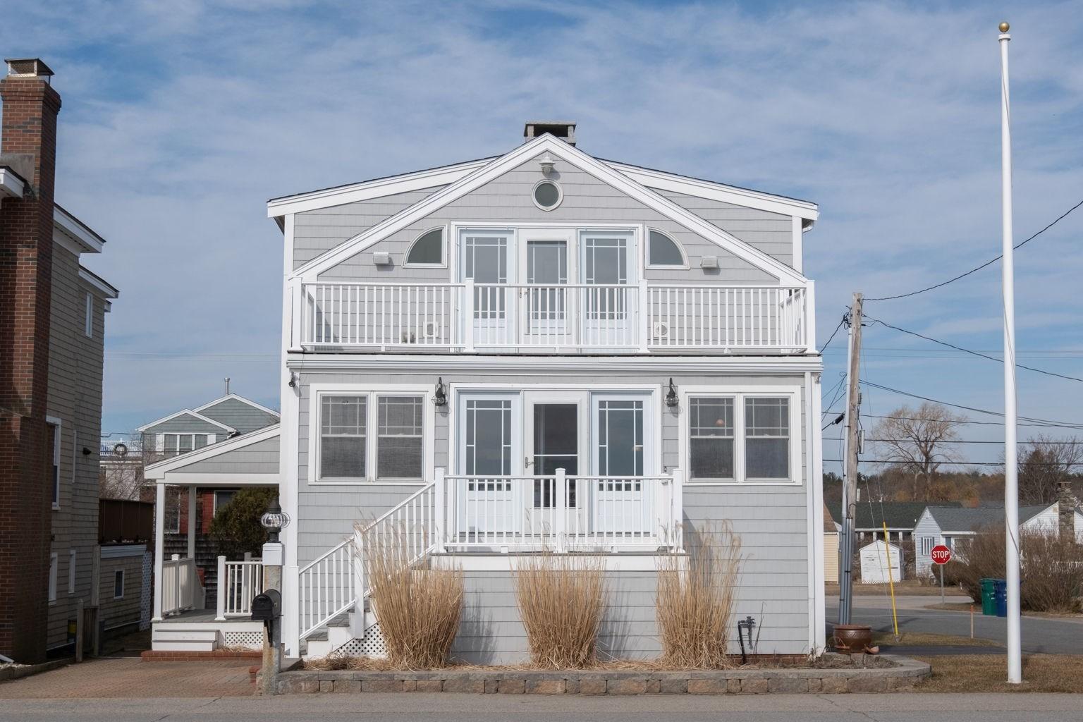 Photo of 907 Ocean Boulevard Hampton NH 03842