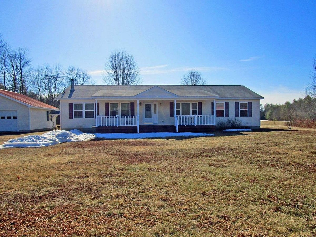 ALEXANDRIA NH Home for sale $269,900