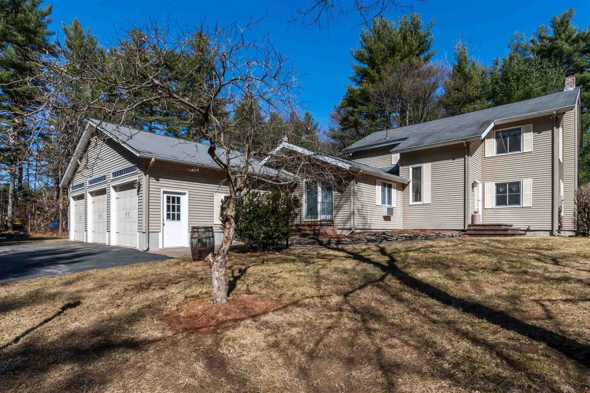 MLS 4799219: 34 Thornton W Road, Merrimack NH