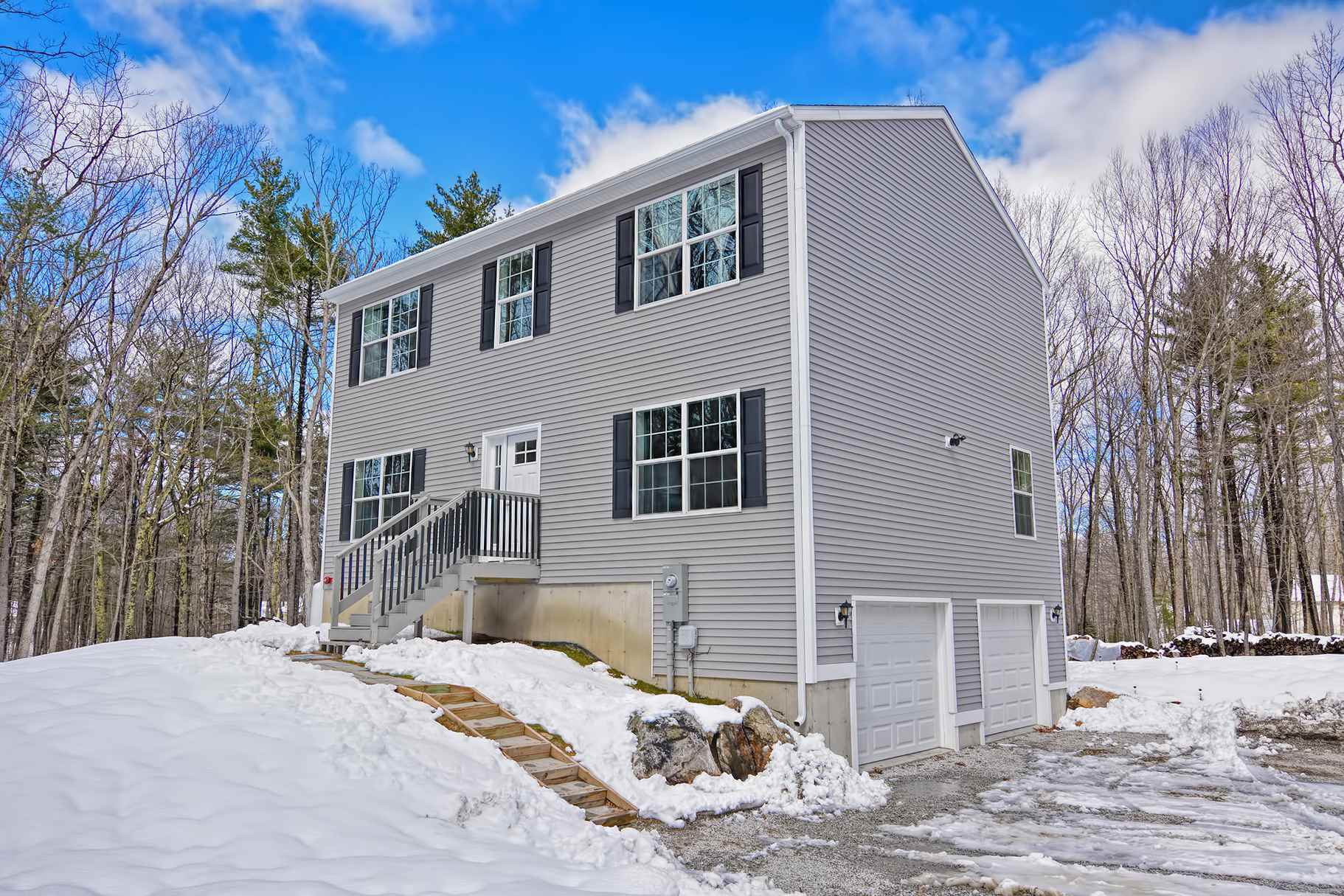 MLS 4799393: 156 Hampstead Road, Derry NH