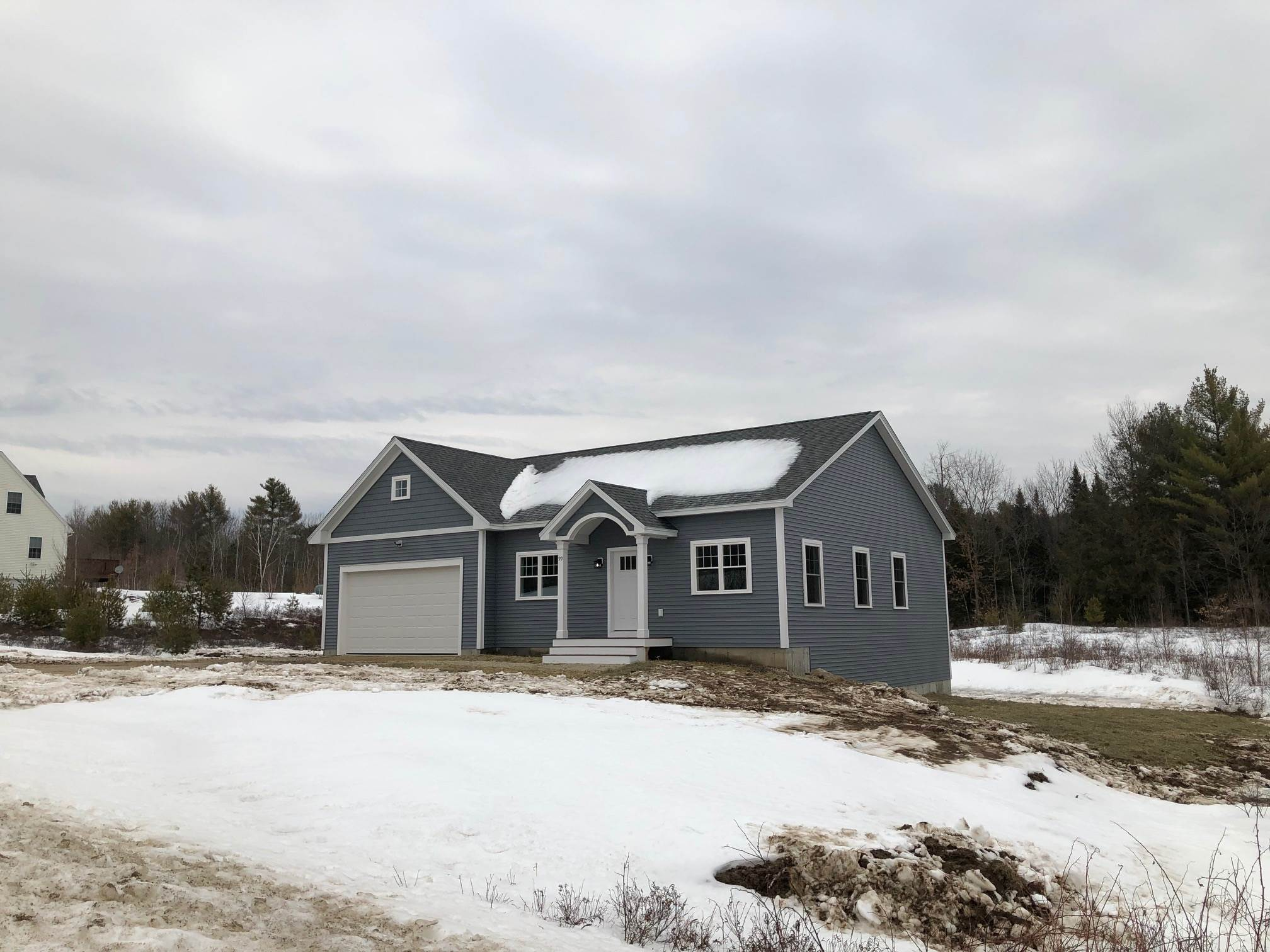 WAKEFIELD NH Home for sale $290,000