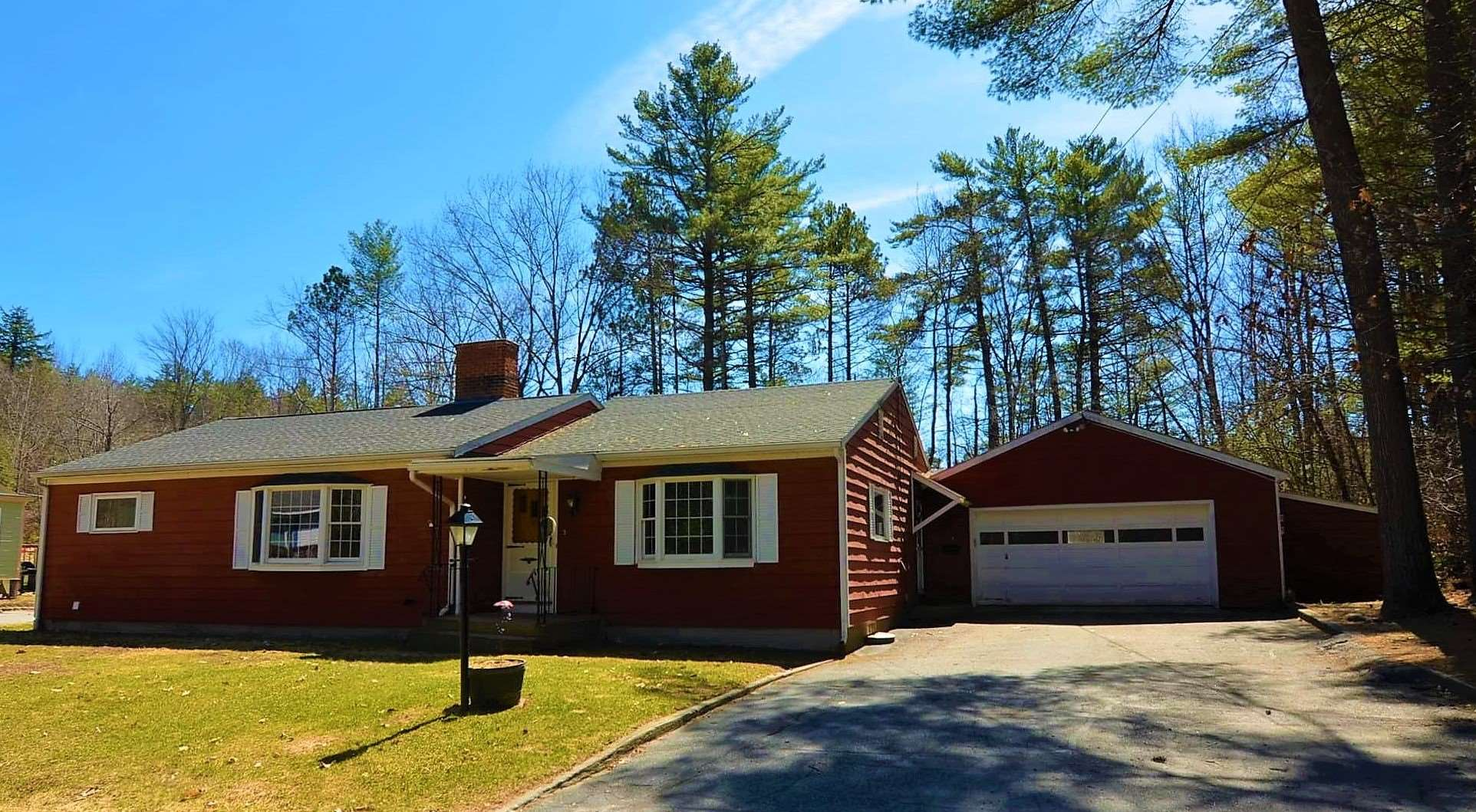 Newport NH 03773Home for sale $List Price is $177,000