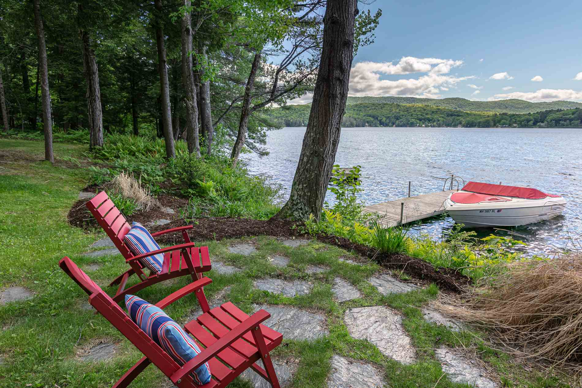 ENFIELD NH Lake House for sale $$1,075,000 | $260 per sq.ft.