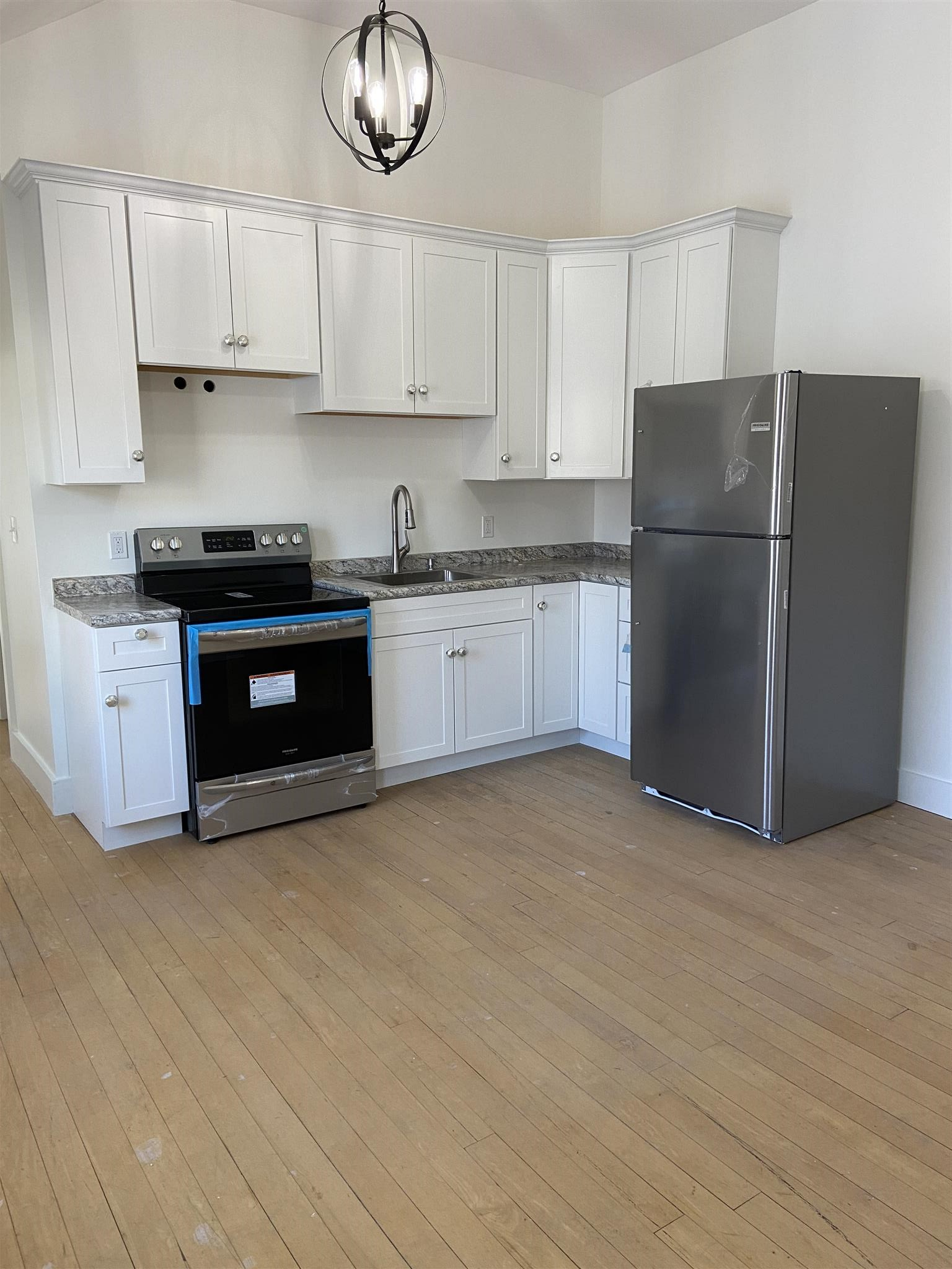 Walpole NHAll Apartments and Housing  for sale