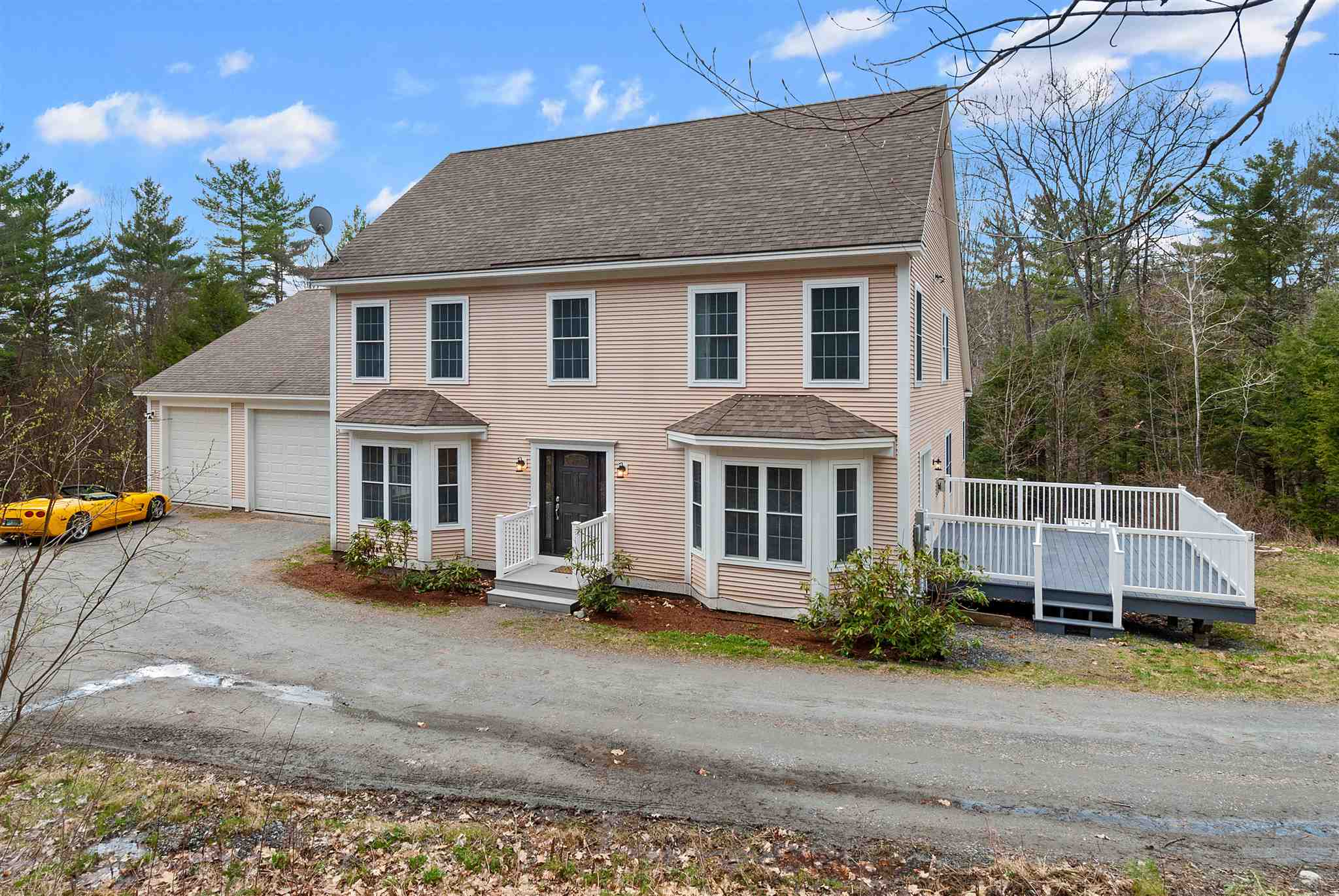 MLS 4801731: 26 Norris Road, Orford NH