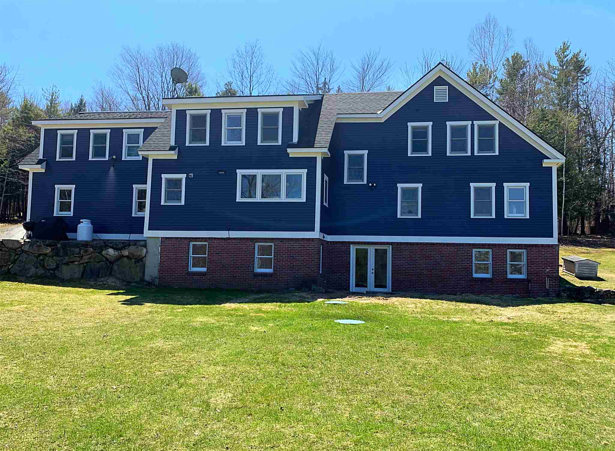 LYME NH Home for sale $$589,000 | $180 per sq.ft.