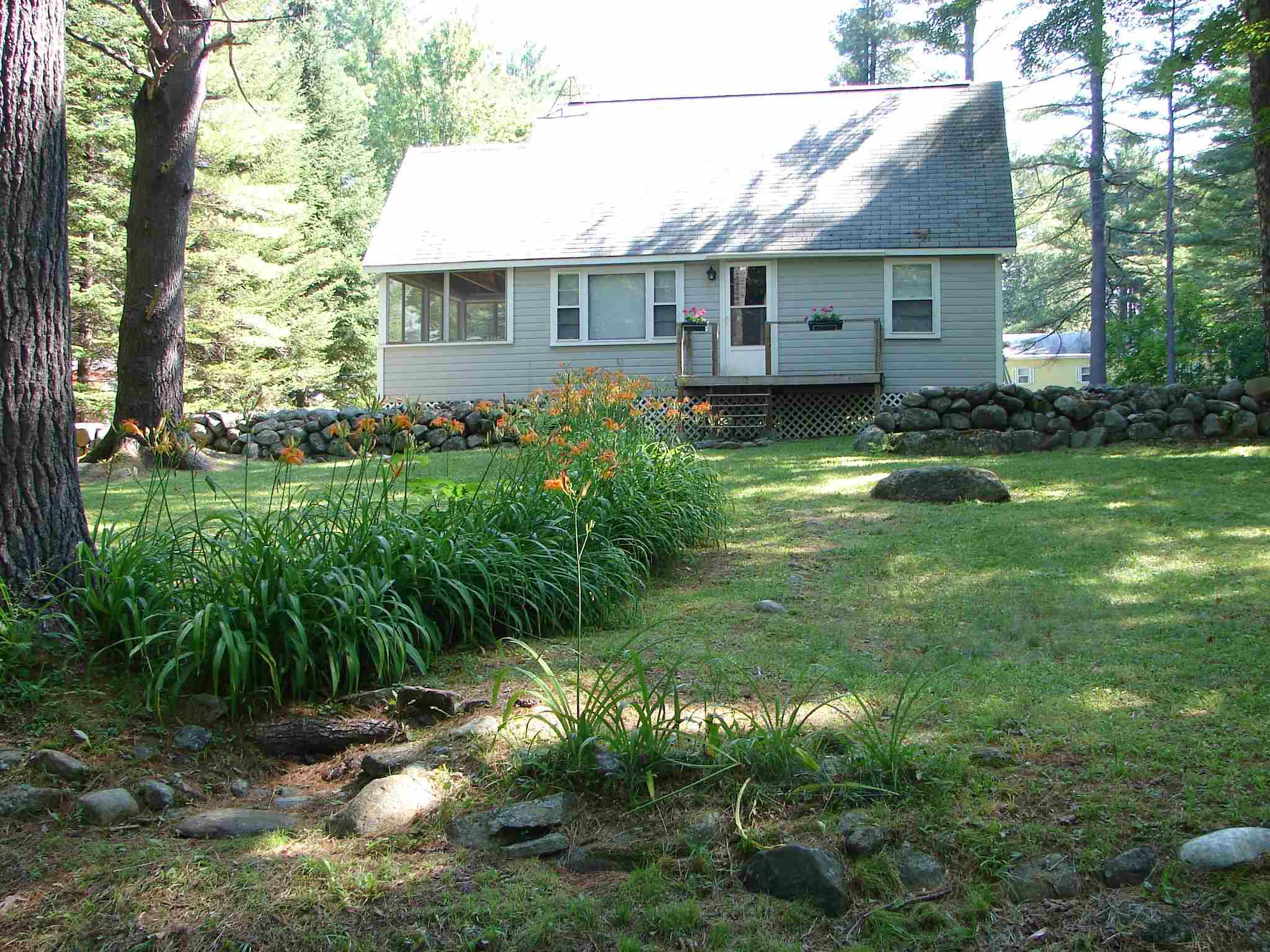 BRIDGEWATER NH Home for sale $189,900