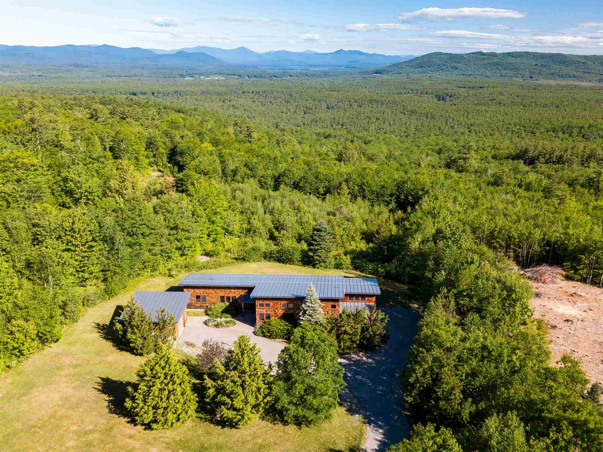 OSSIPEE NH  Home for sale $500,000