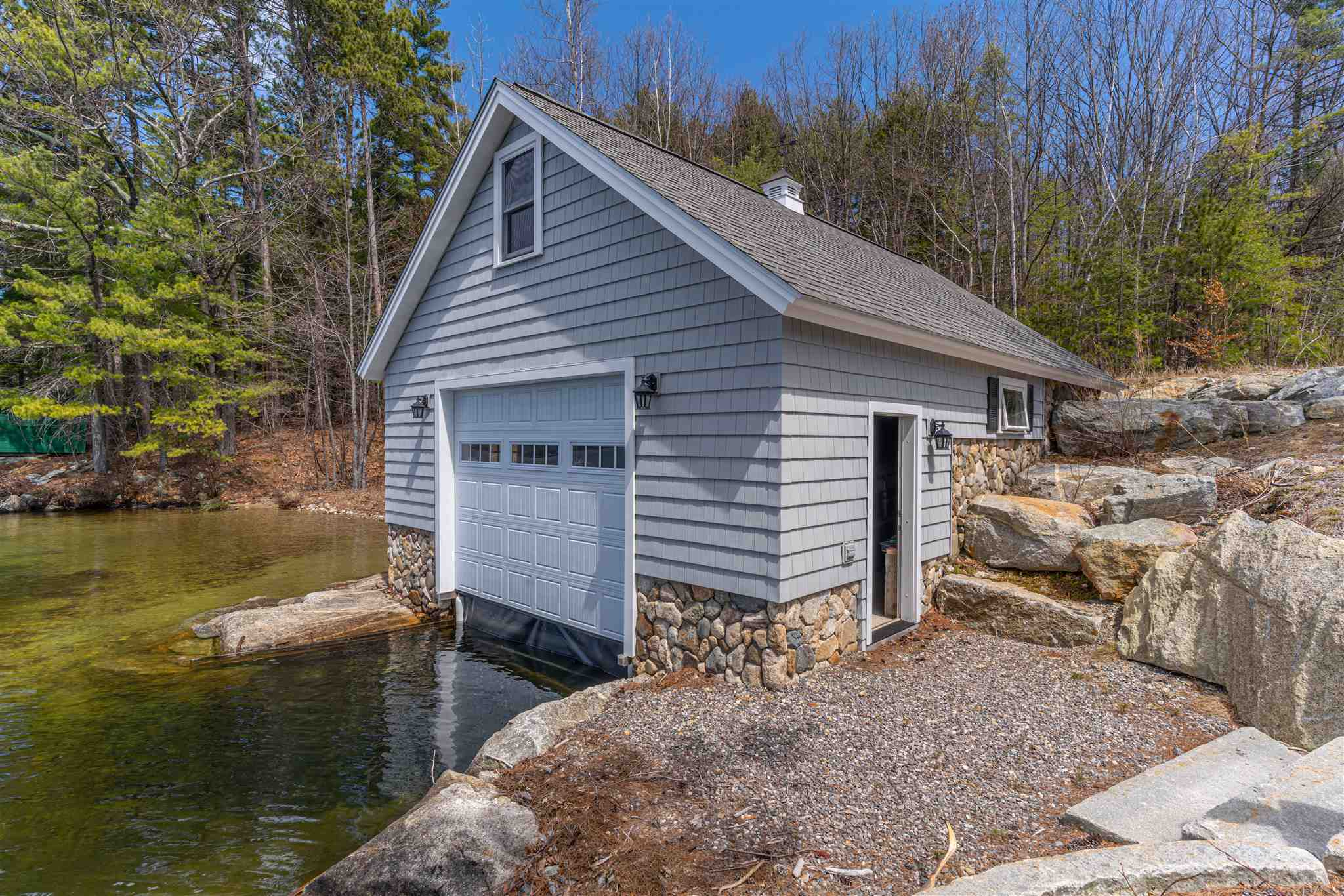 MEREDITH NH Home for sale $2,500,000