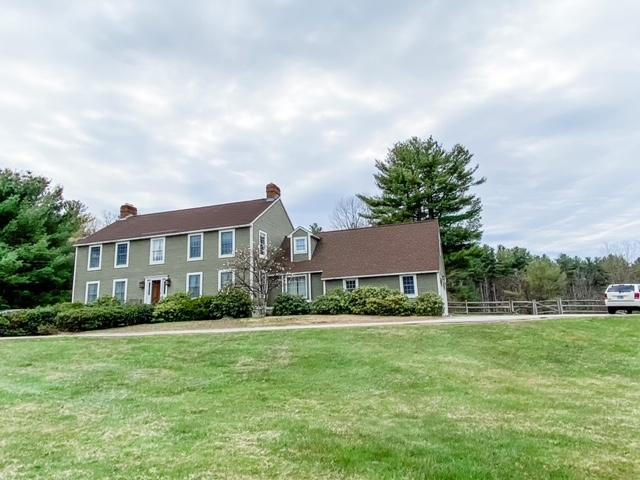 Photo of 101 N Lowell Road Windham NH 03087
