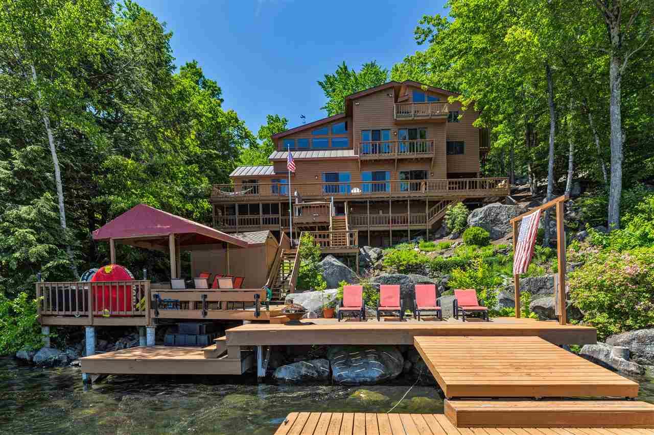 SUNAPEE NHLake House for sale $$2,495,000 | $480 per sq.ft.