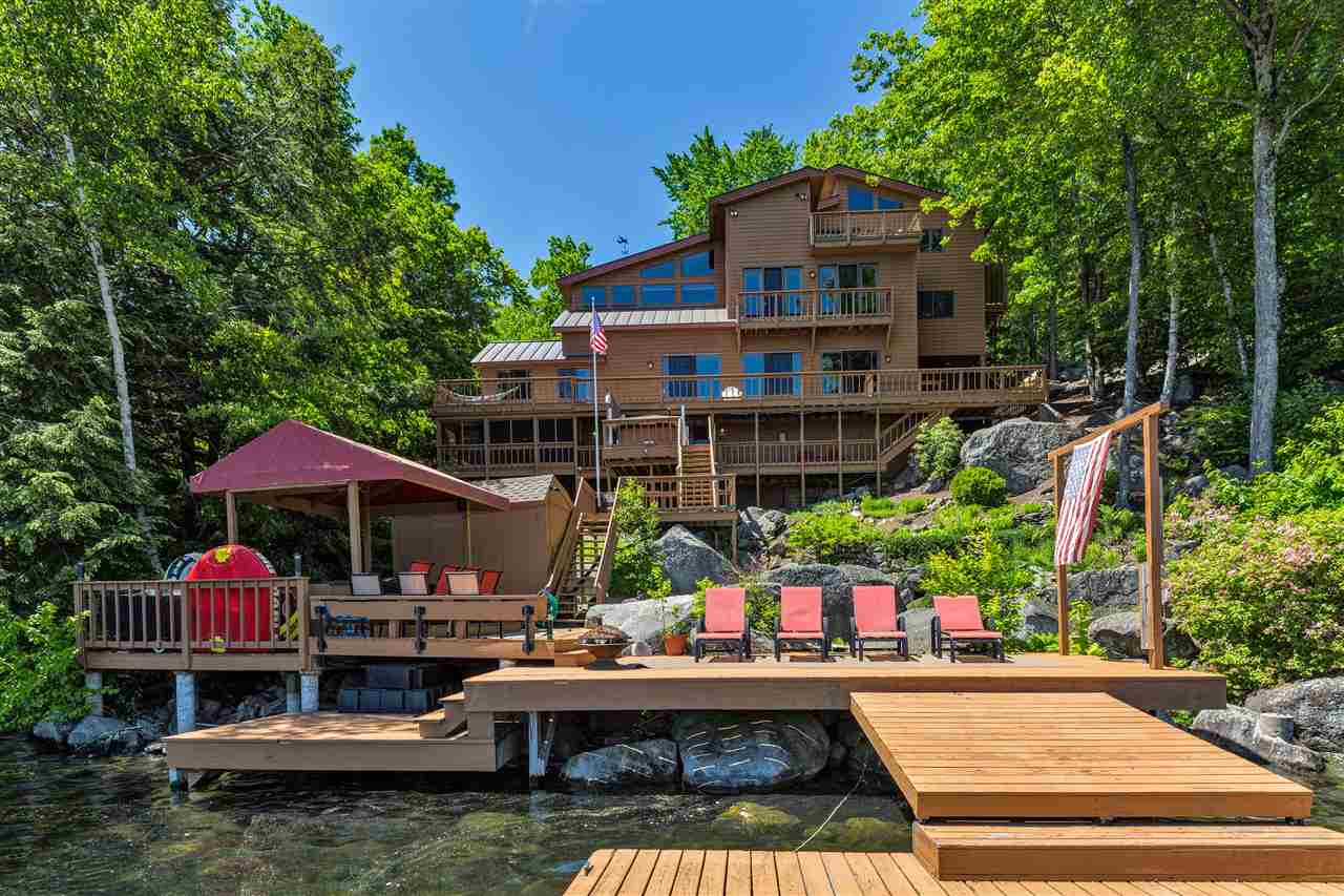 SUNAPEE NH Home for sale $$2,495,000 | $480 per sq.ft.