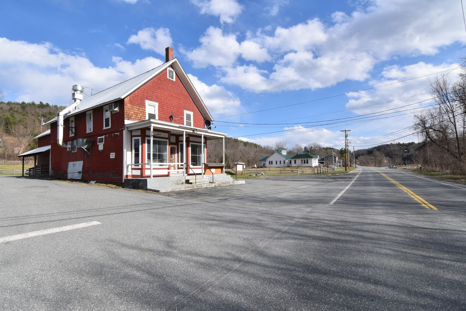 HARTFORD VT Commercial Property for sale $$234,900 | $60 per sq.ft.