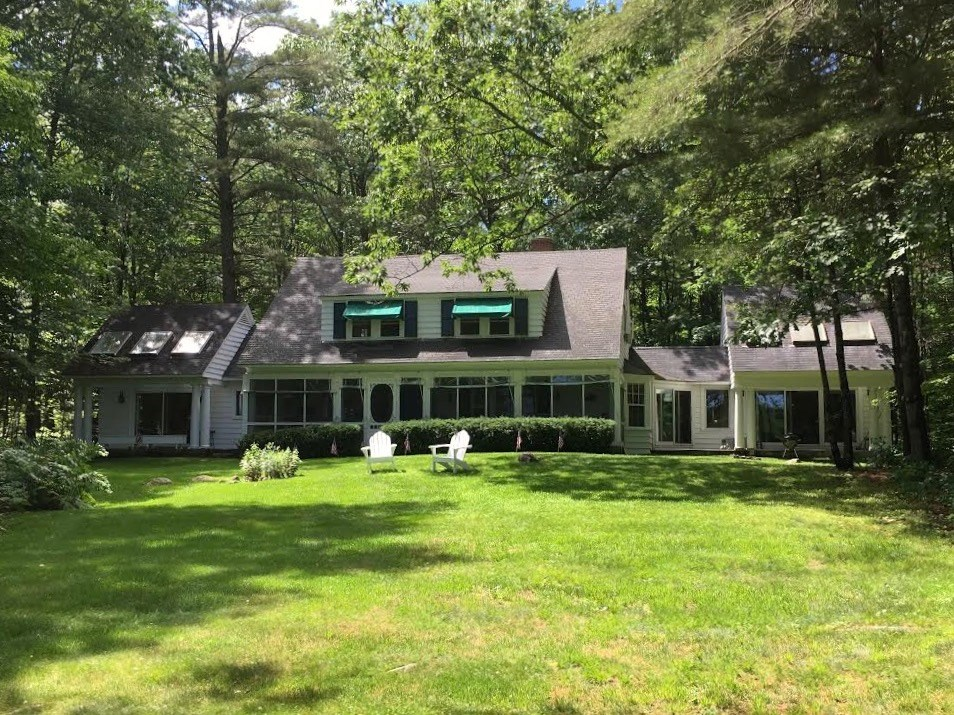 MOULTONBOROUGH NH Home for sale $925,000
