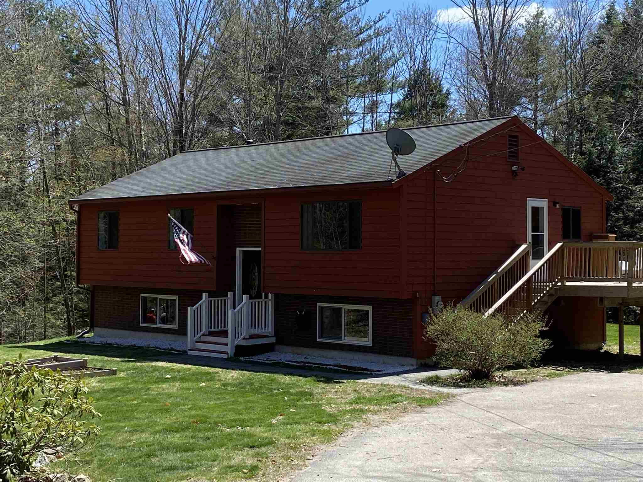 Photo of 80 Rand Drive Chester NH 03036