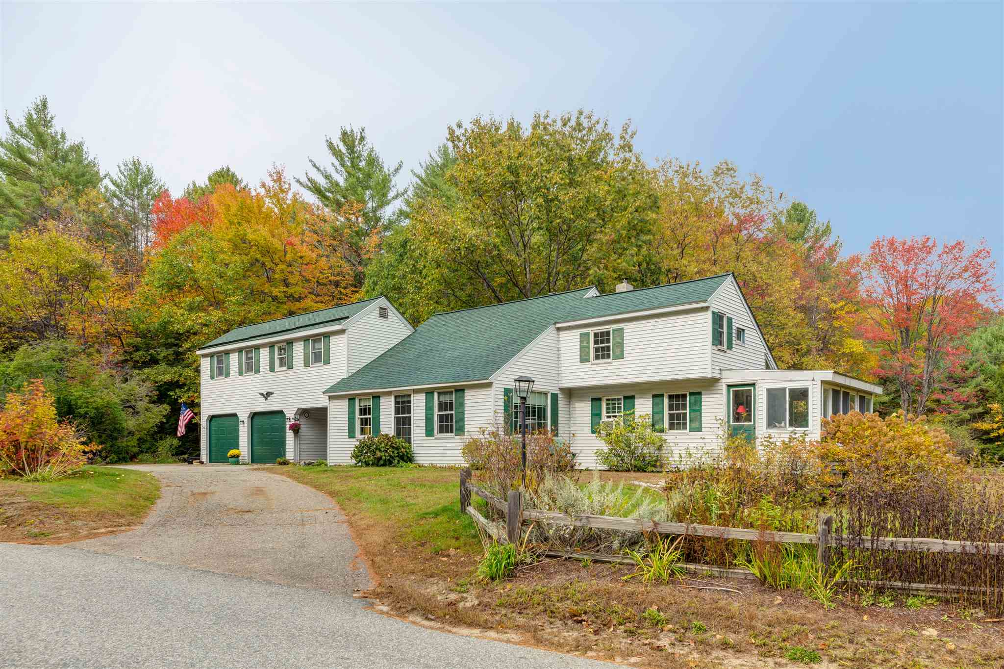 MLS 4804217: 42 Cross Hill Road, Wilmot NH
