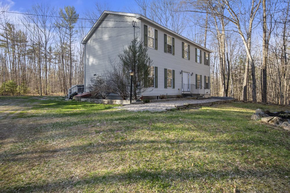 WAKEFIELD NH Home for sale $329,900
