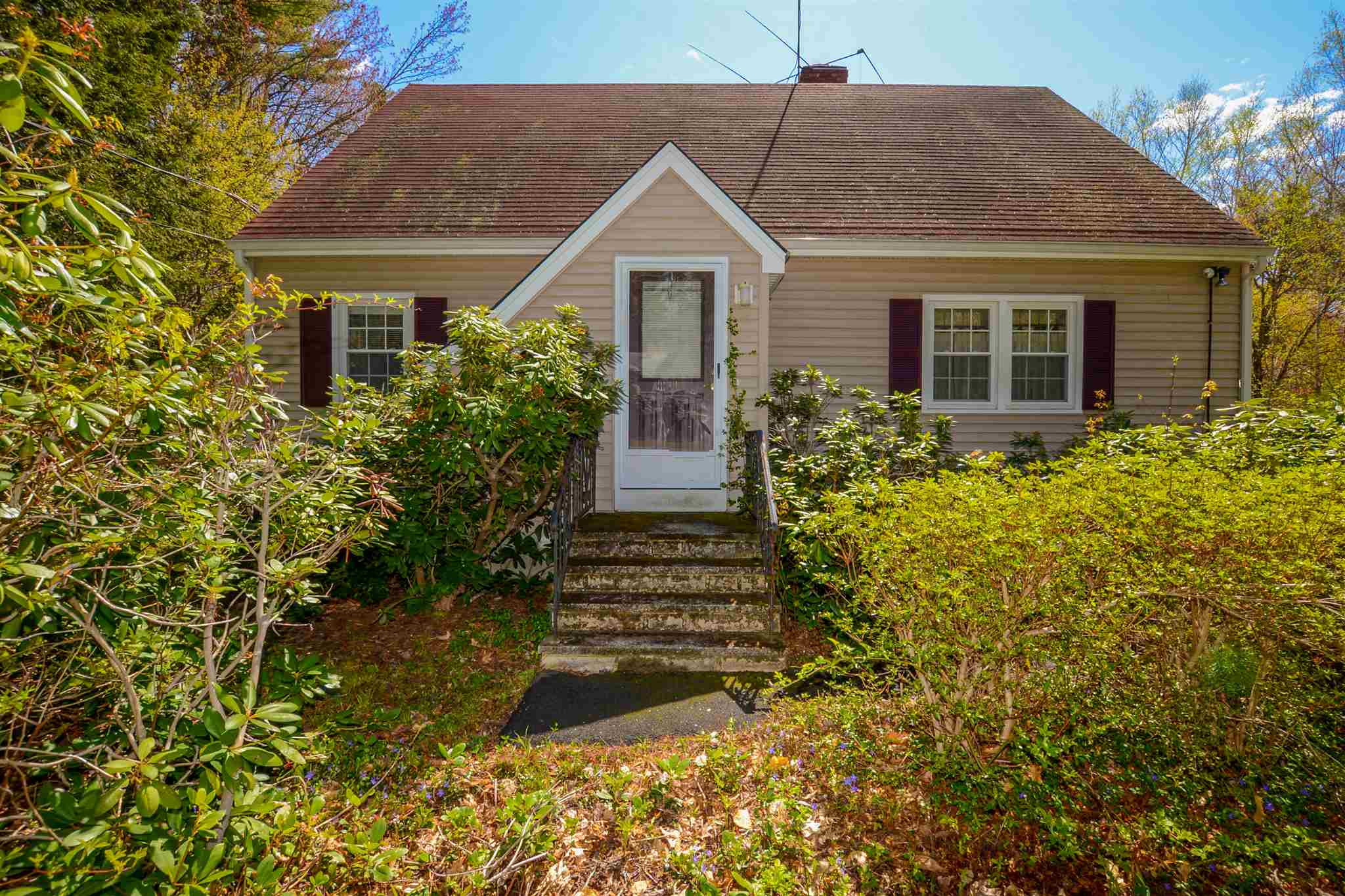 Photo of 15 Allens Avenue Lee NH 03861