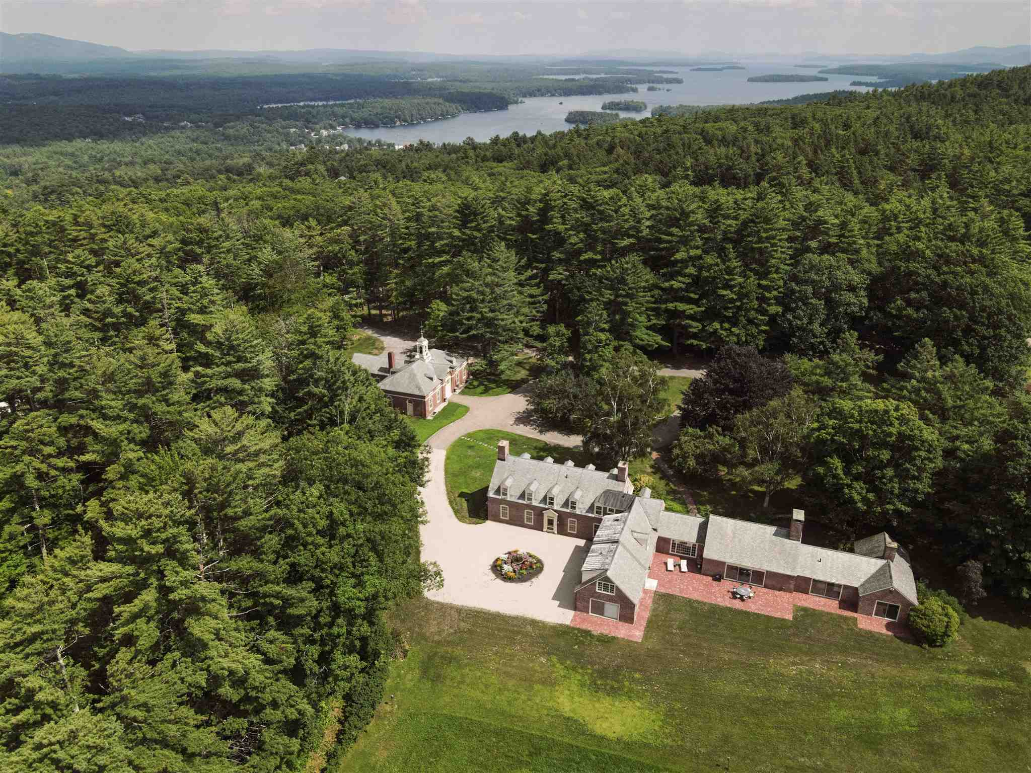 CENTER HARBOR NH Home for sale $2,000,000