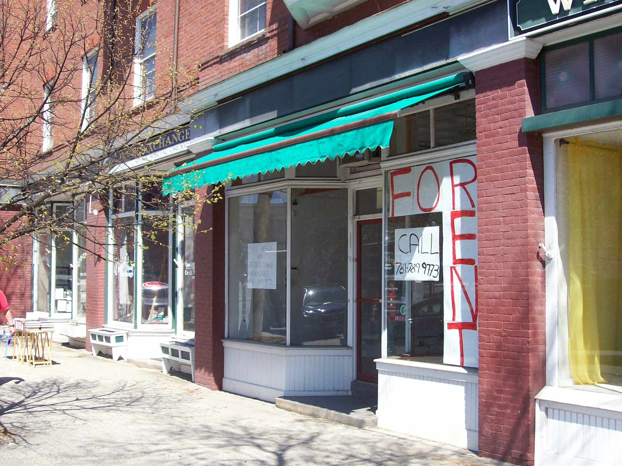 CLAREMONT NHClaremont_NH for sale $Commercial Lease For Lease: $1,000 with Lease Term
