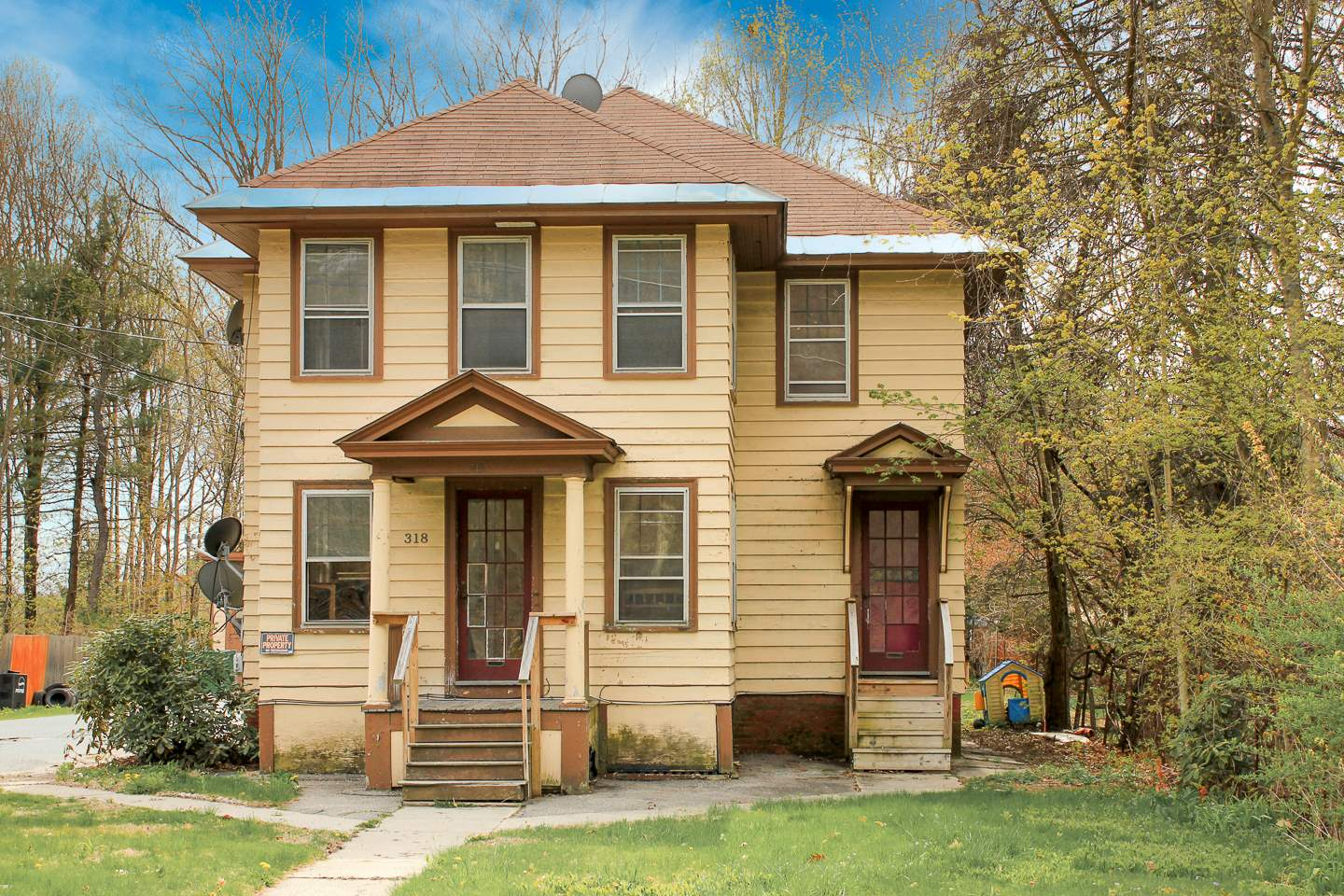 Claremont NH 03743Multi Family for sale $List Price is $125,000