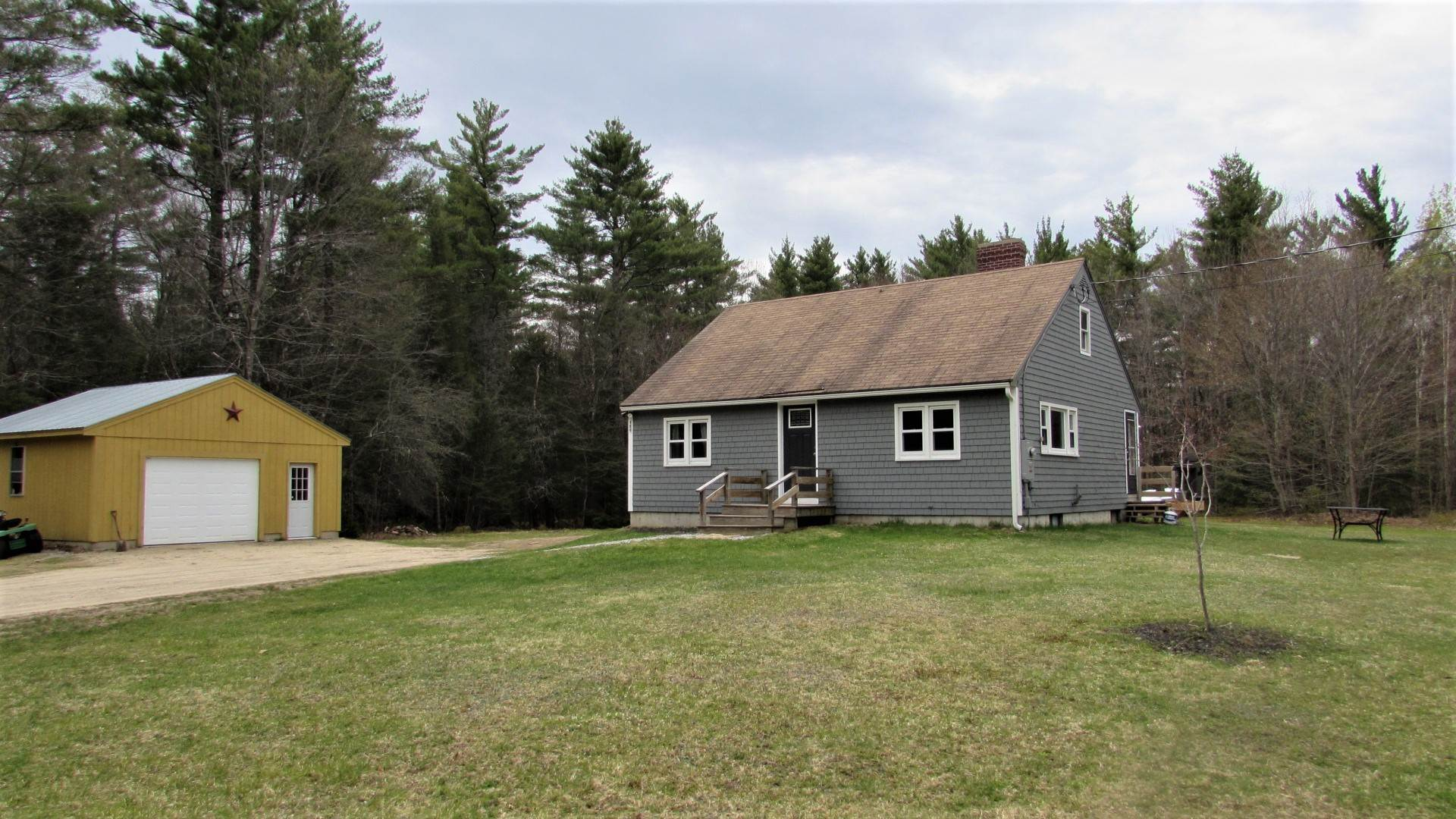 SANDWICH NH  Home for sale $215,000