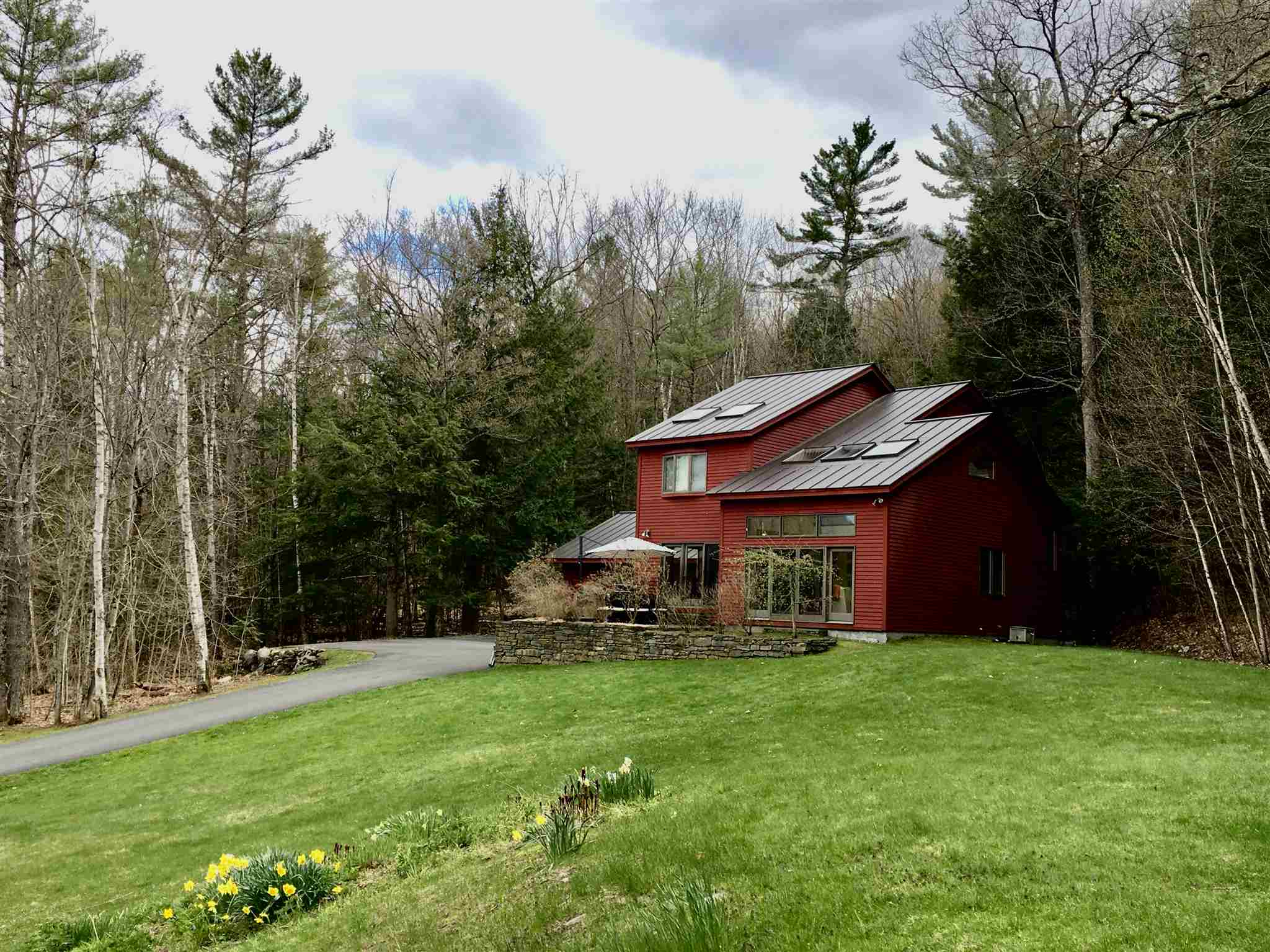 HANOVER NH Home for sale $$499,000 | $235 per sq.ft.