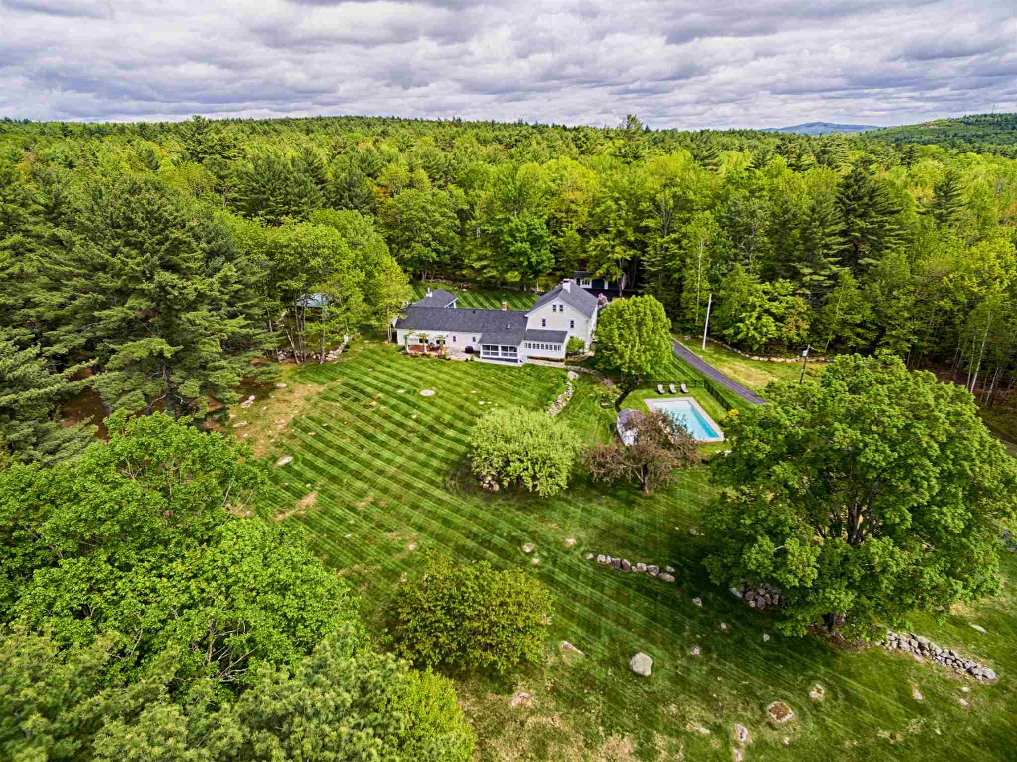 TUFTONBORO NH Home for sale $1,100,000