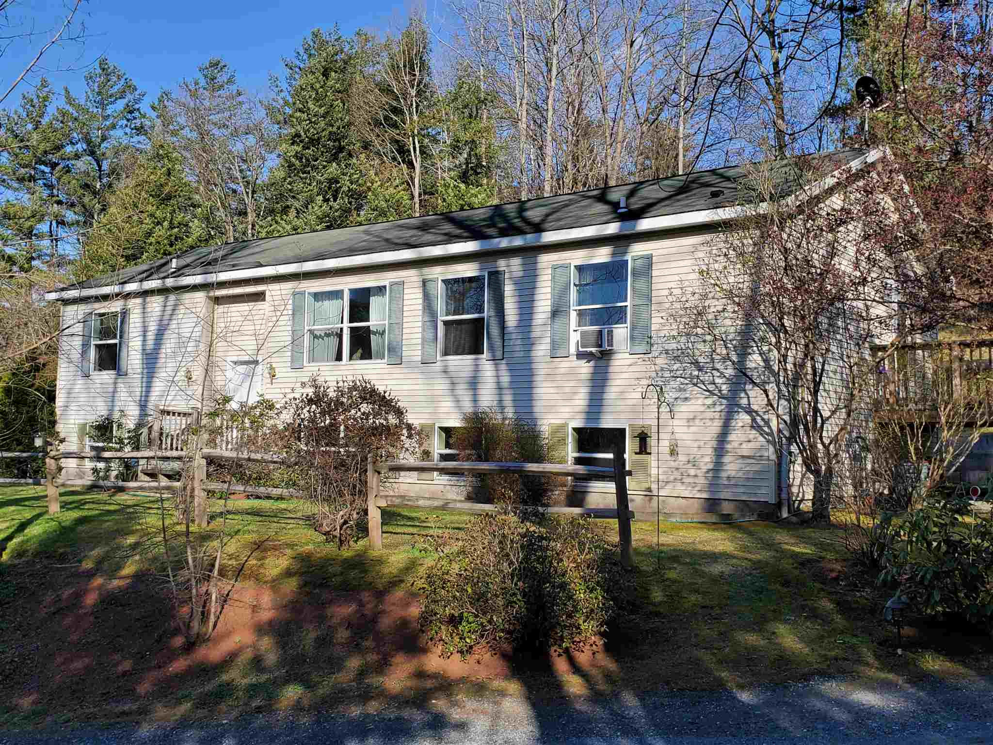 MLS 4805265: 98 True's Brook Road, Lebanon NH