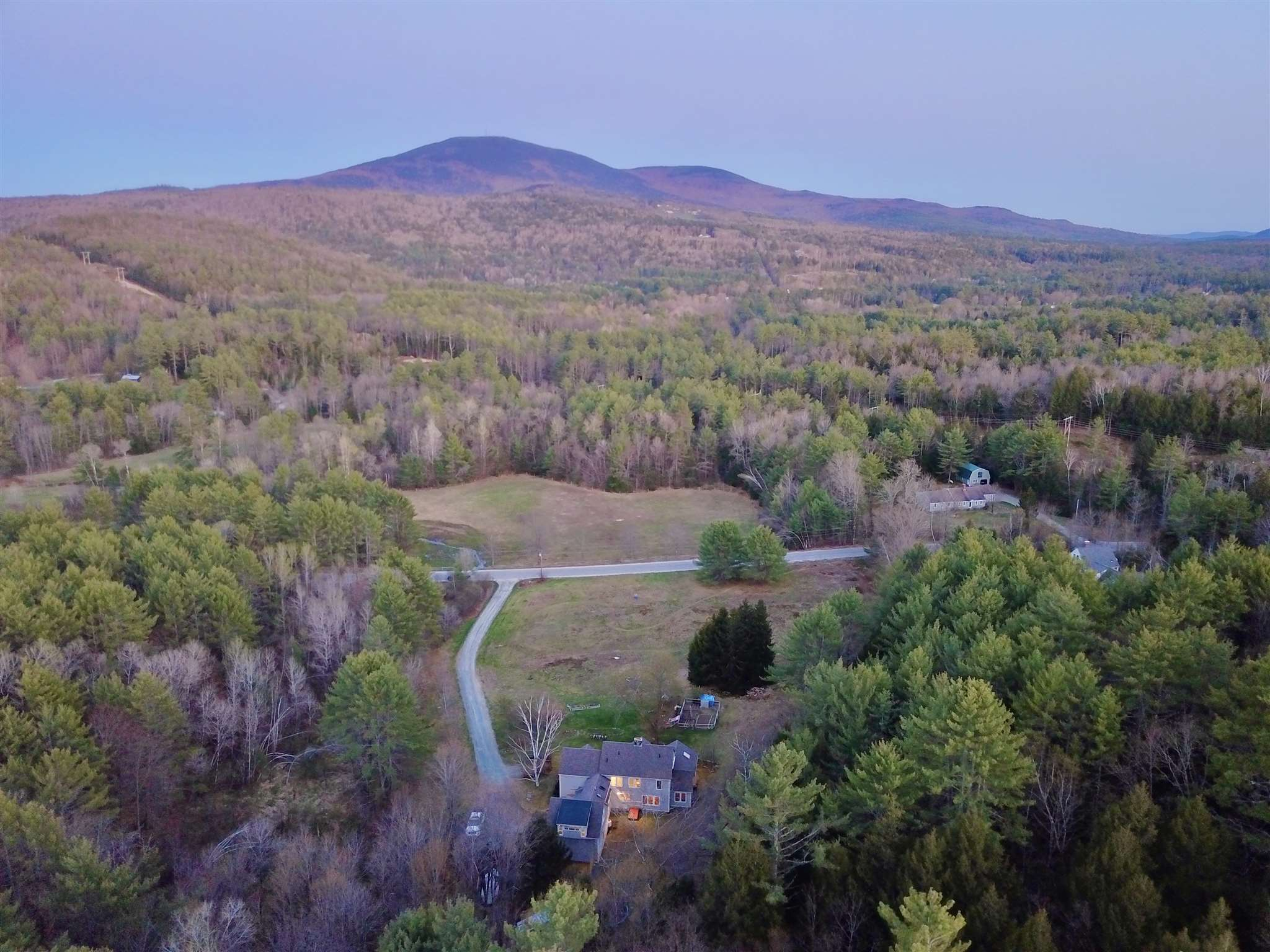 MLS 4805539: 223 Shindagan Road, Wilmot NH